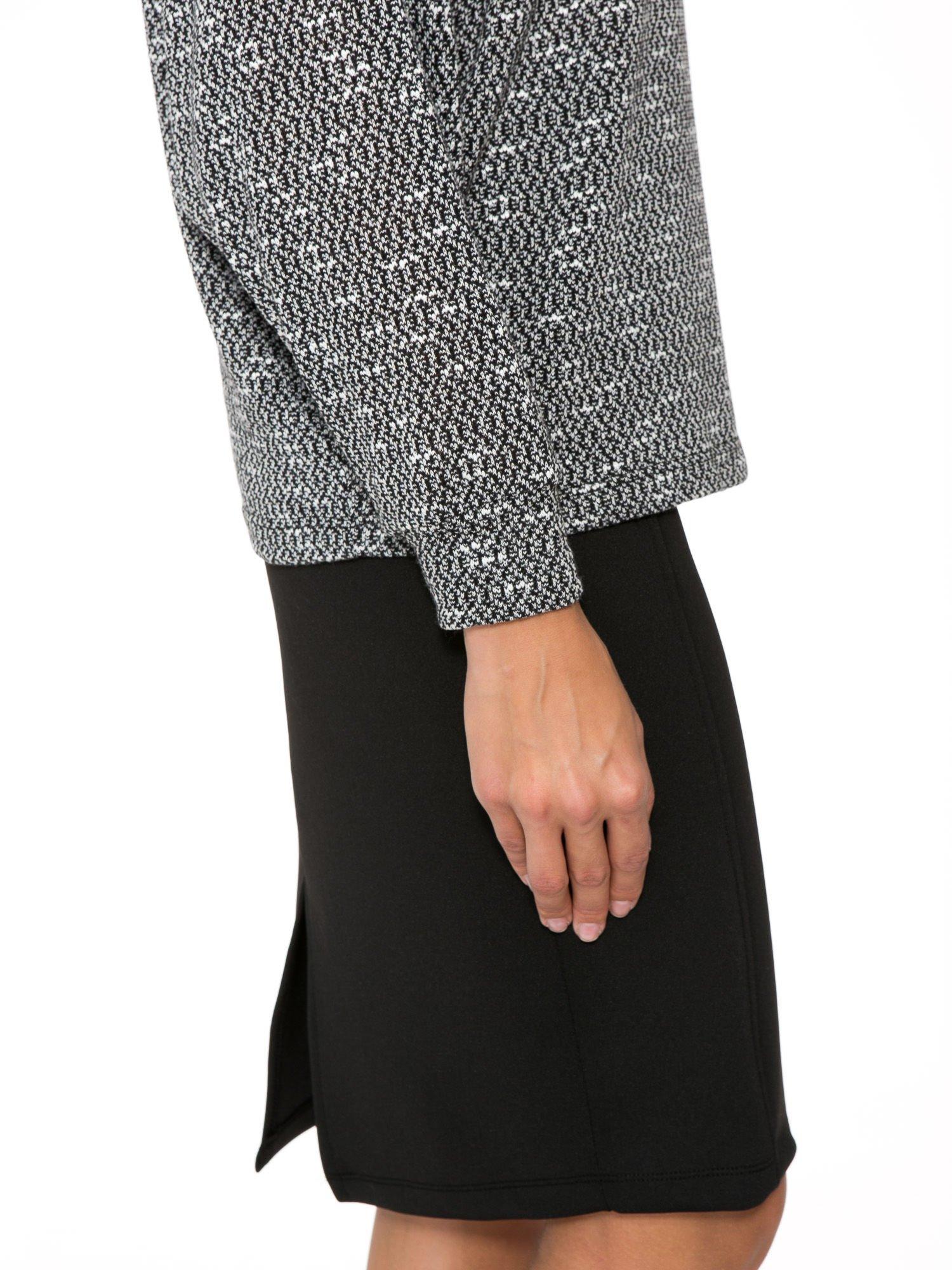 Czarna bluzka oversize z nietoperzowymi rękawami                                  zdj.                                  8