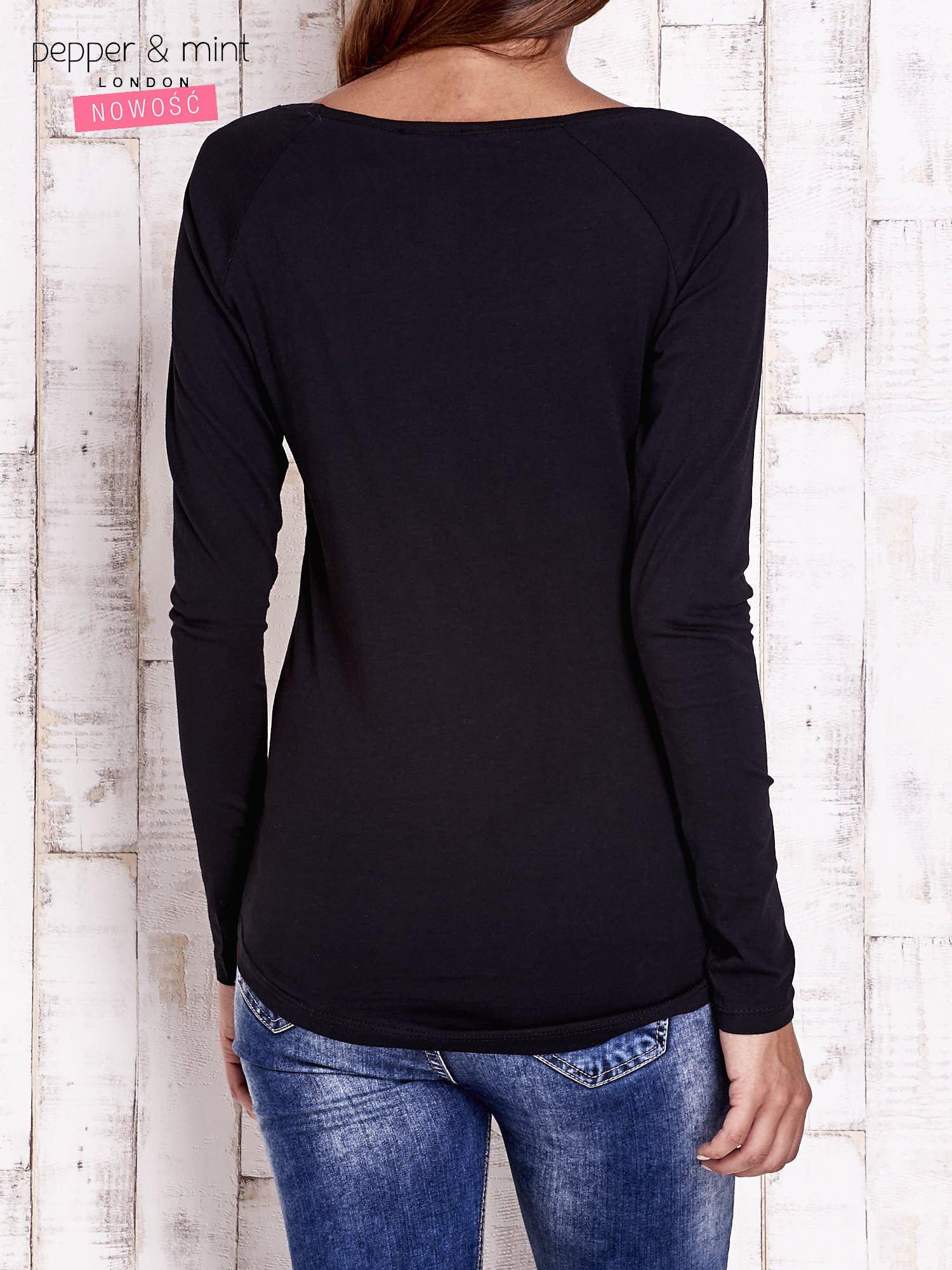 Czarna bluzka z napisem PERFECT i egzotycznymi motywami                                  zdj.                                  2