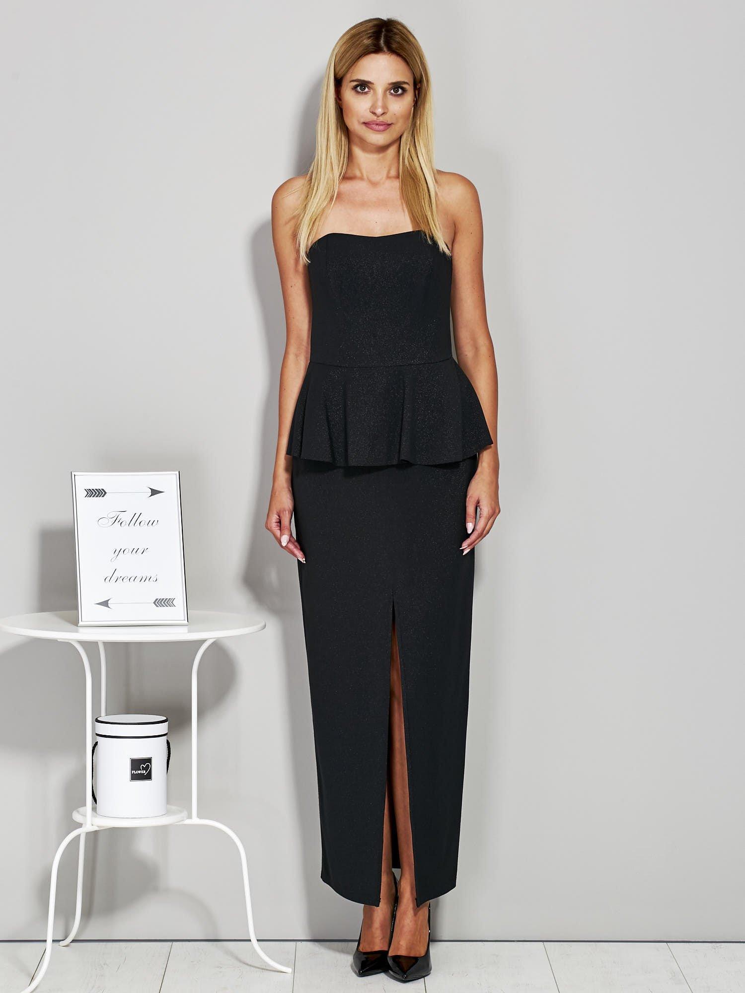 8e345a8a38 Czarna długa sukienka wieczorowa z błyszczącą nitką - Sukienka ...