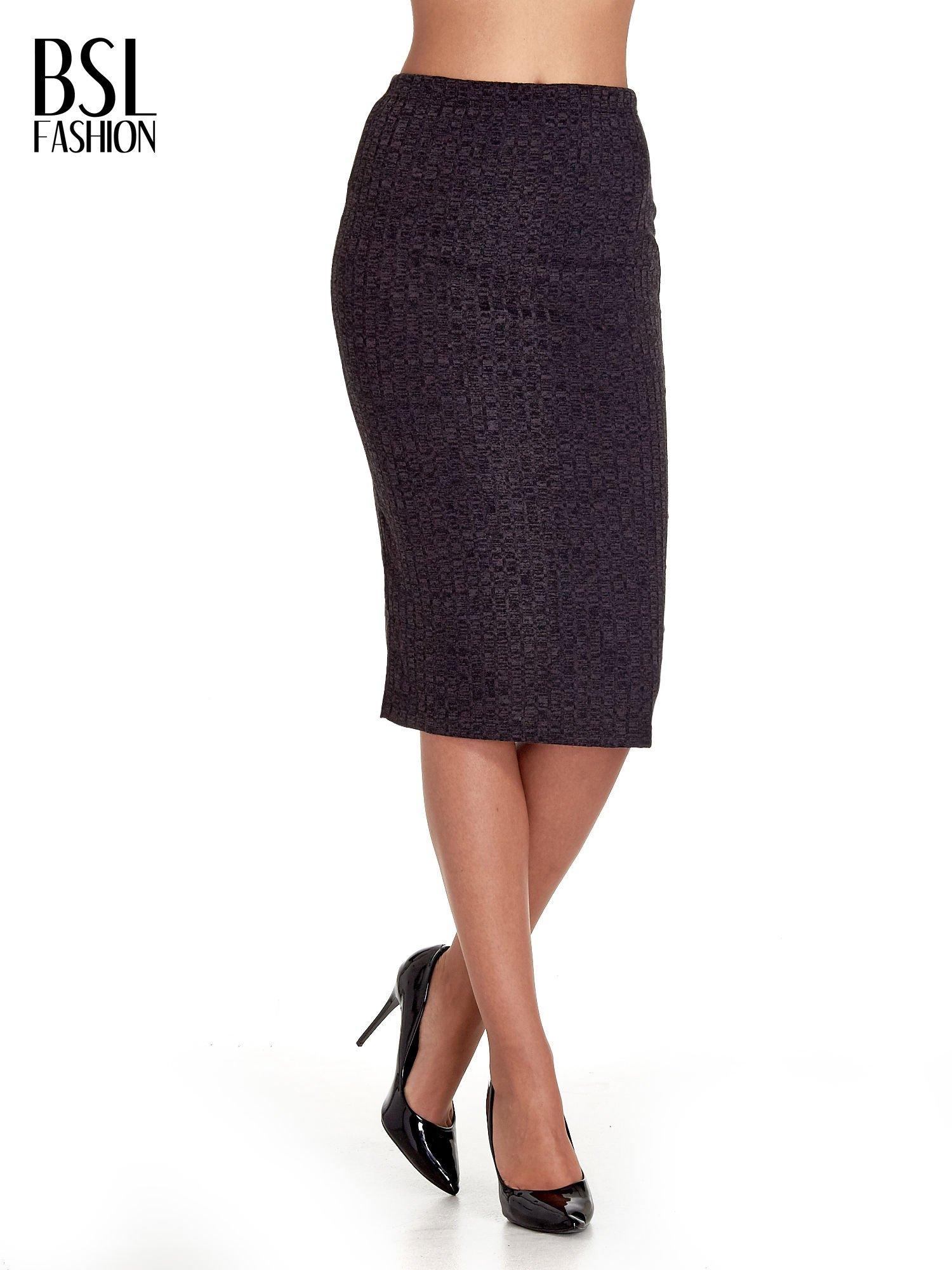Czarna dzianinowa spódnica za kolano                                  zdj.                                  1