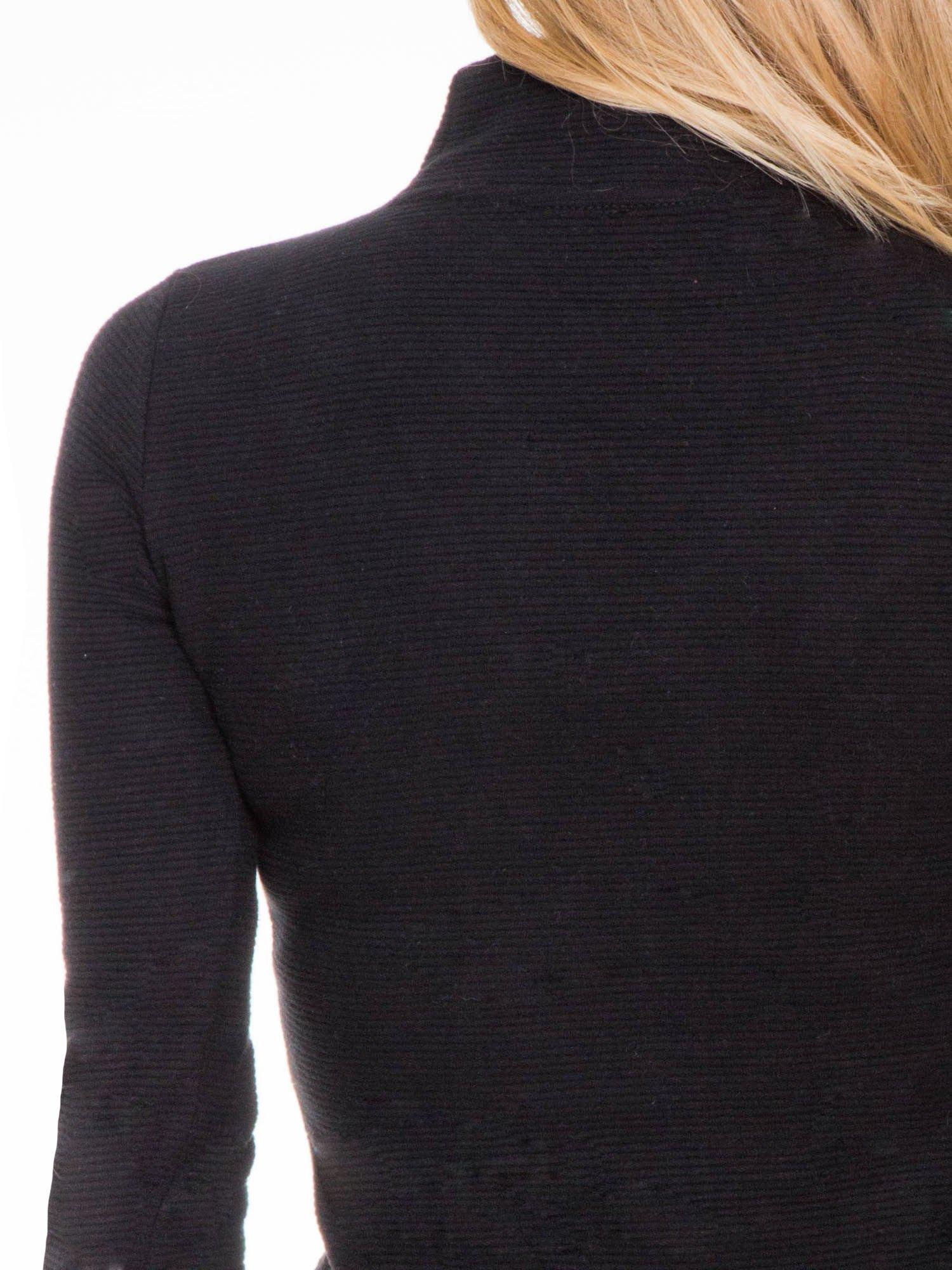 Czarna dzianinowa sukienka tuba z golfem                                  zdj.                                  8