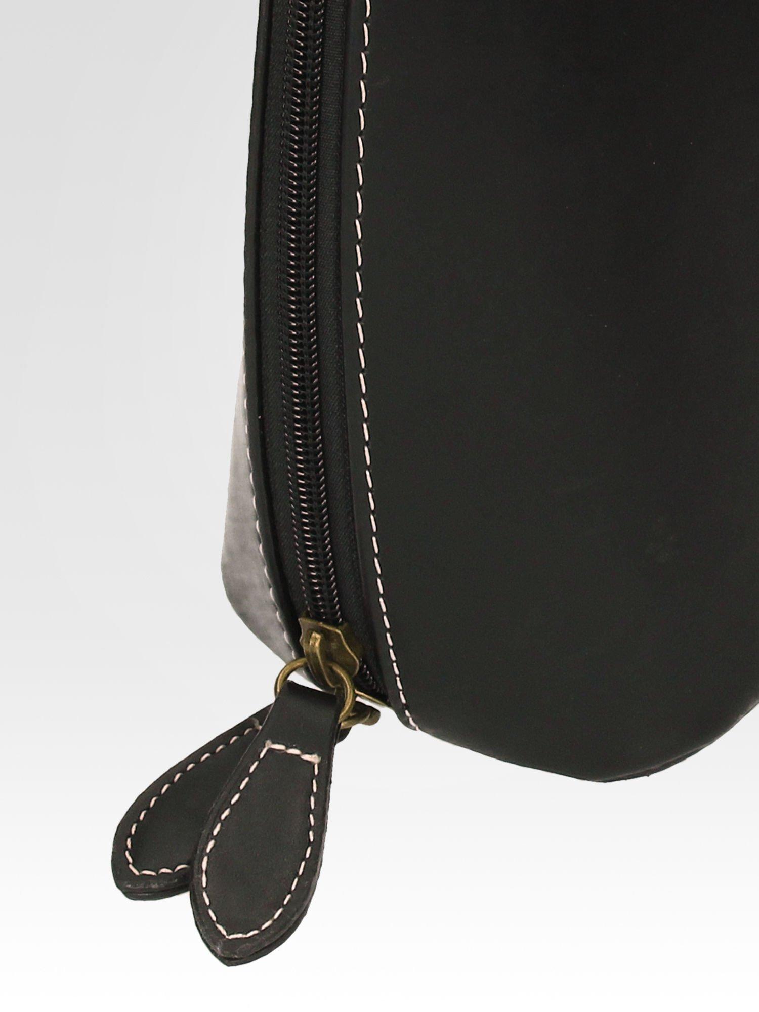 Czarna elegancka listonoszka z odpinanaym paskiem                                  zdj.                                  8