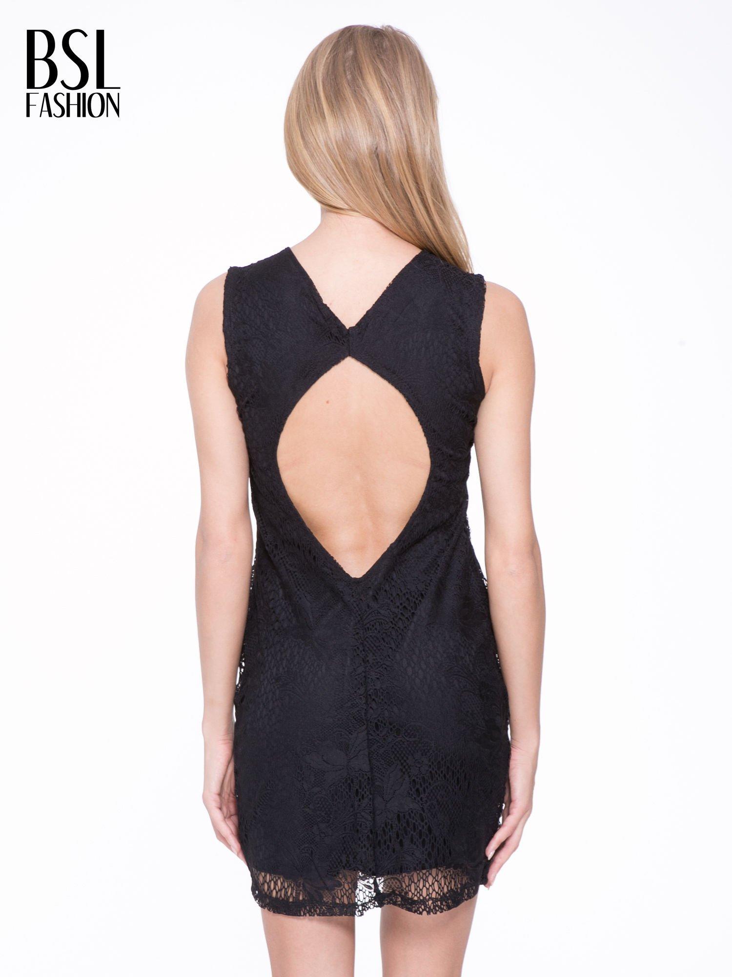 384754ac45 Czarna koronkowa sukienka z wycięciem na plecach - Sukienka ...