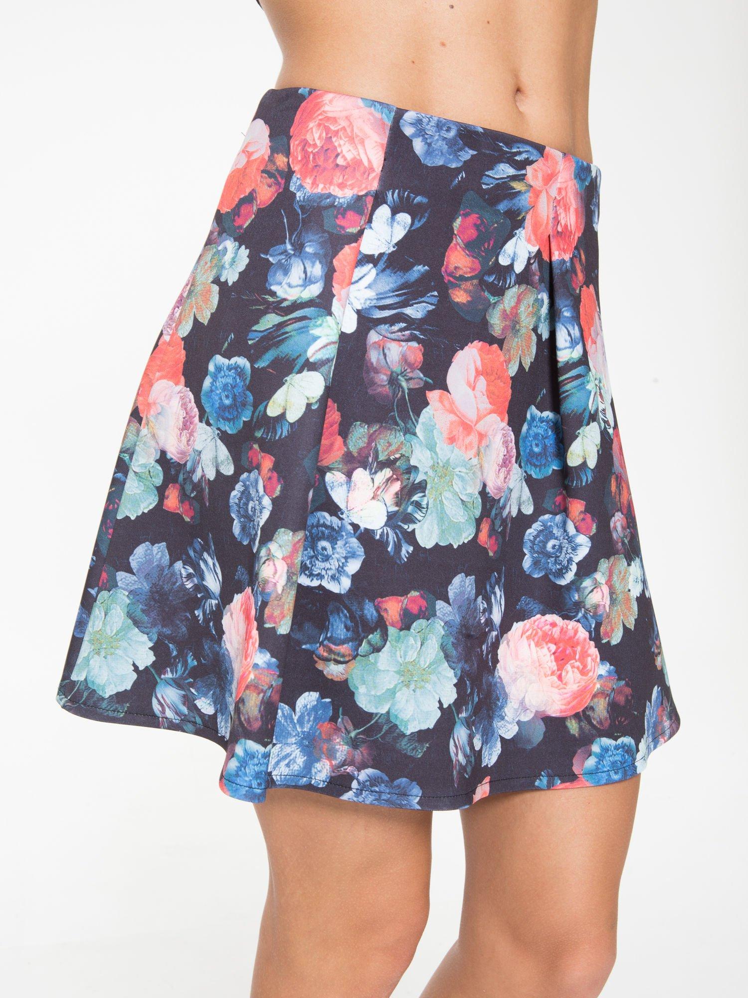 Czarna kwiatowa mini spódnica skater                                  zdj.                                  8