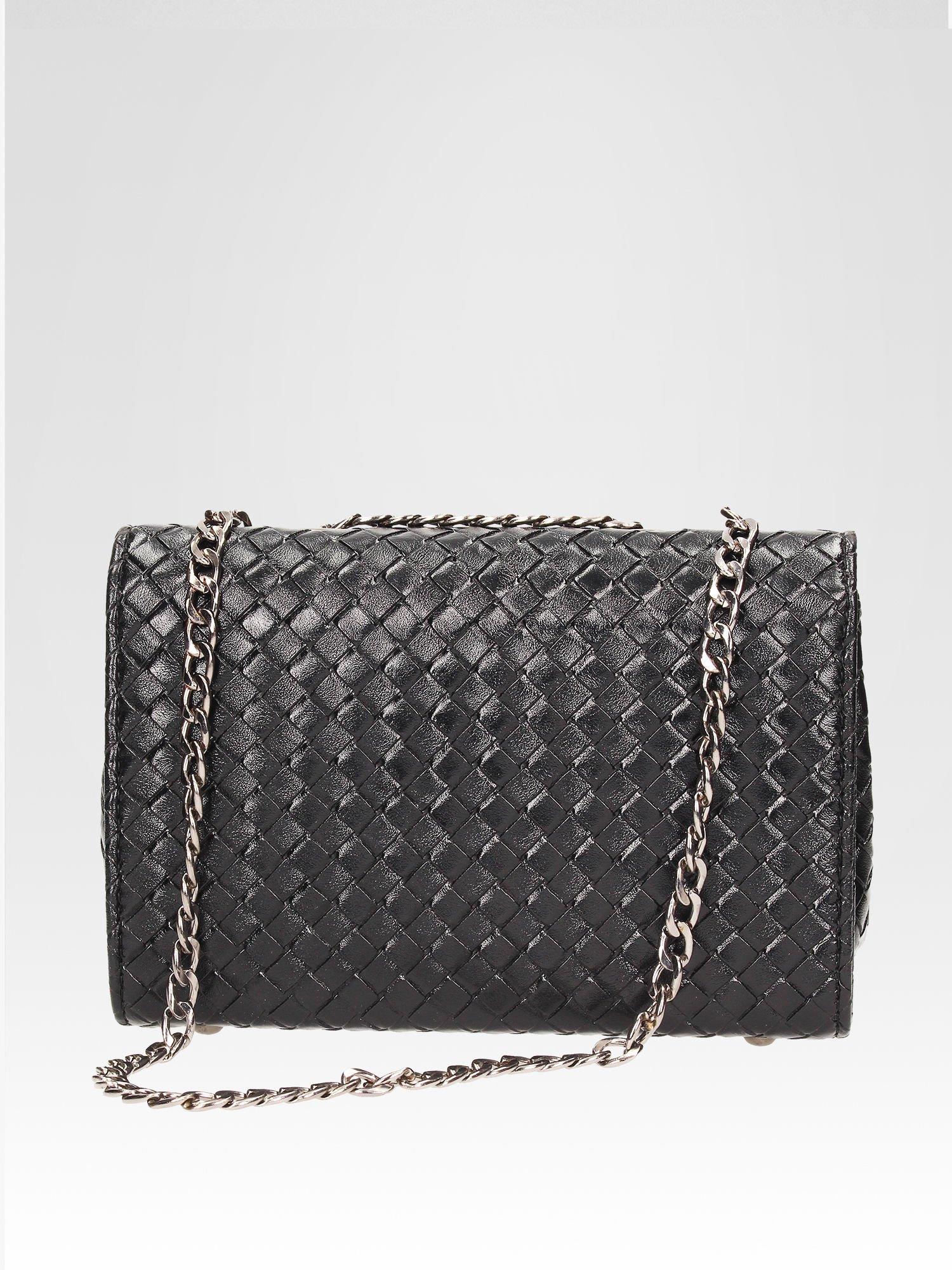 Czarna mała pleciona torebka na łańcuszku                                  zdj.                                  4