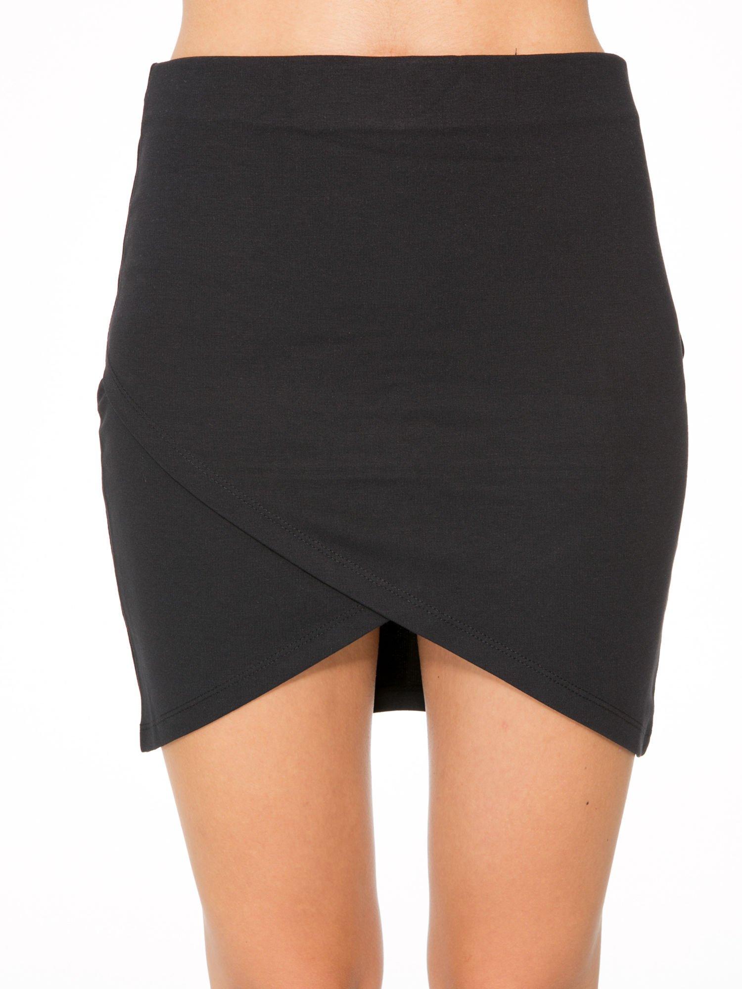 Czarna mini spódnica kopertowa                                  zdj.                                  8