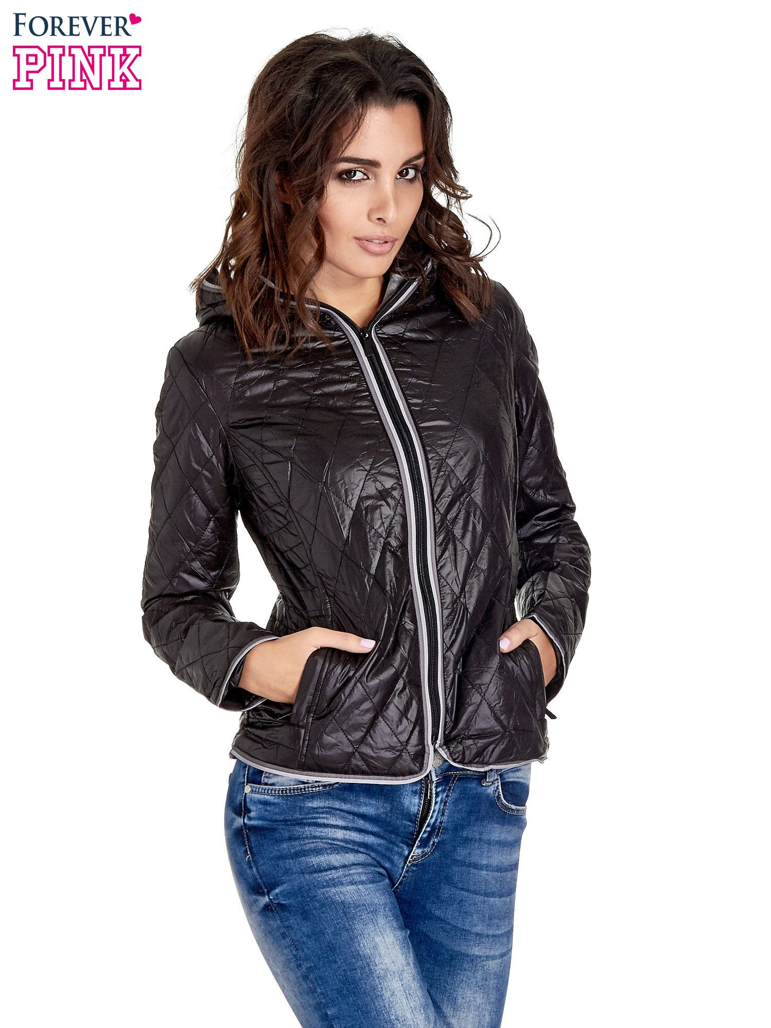 Czarna pikowana kurtka typu husky                                  zdj.                                  1
