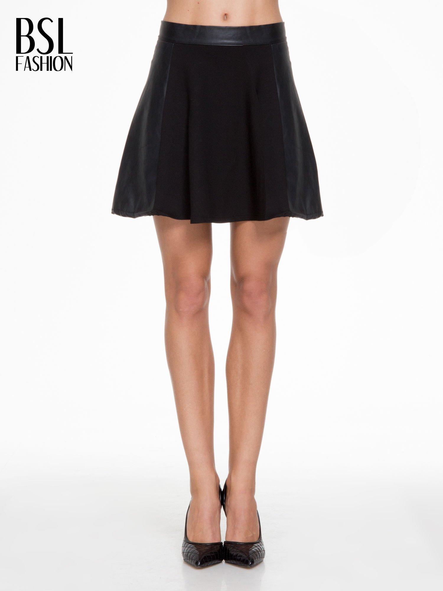 Czarna skórzana mini spódniczka                                  zdj.                                  1