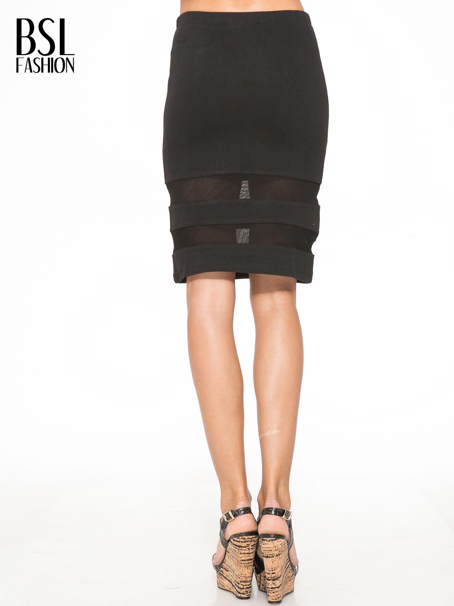 Czarna spódnica tuba z transparentnymi panelami                                  zdj.                                  4