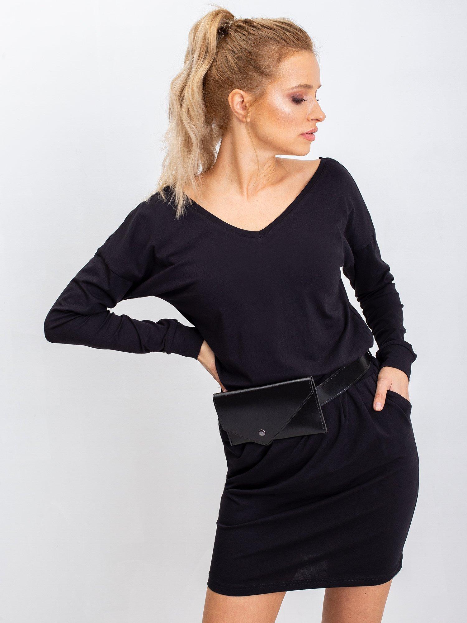 Czarna sukienka Simple