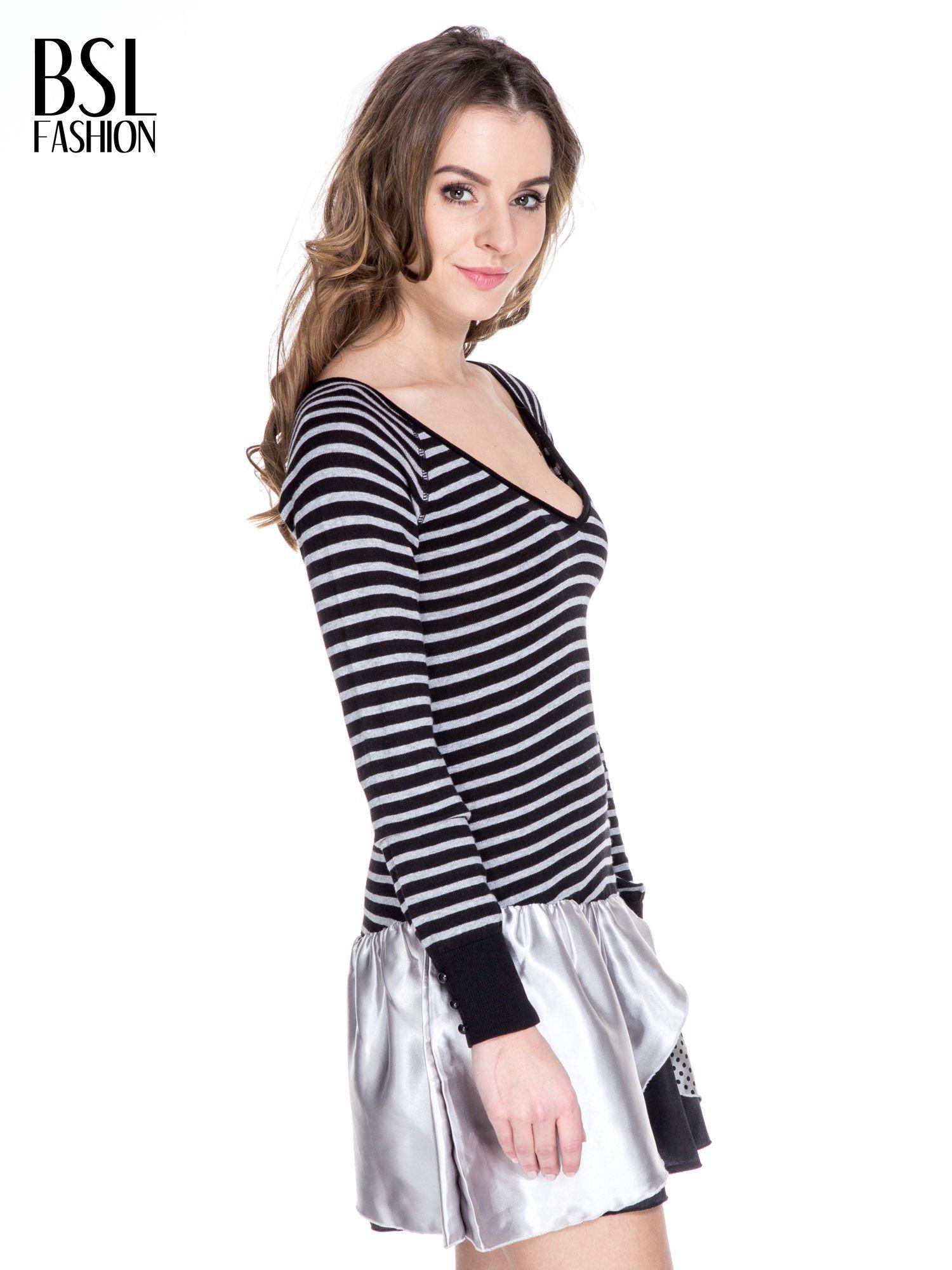 Czarna sukienka w paski z baskinką z tkaniny                                  zdj.                                  3