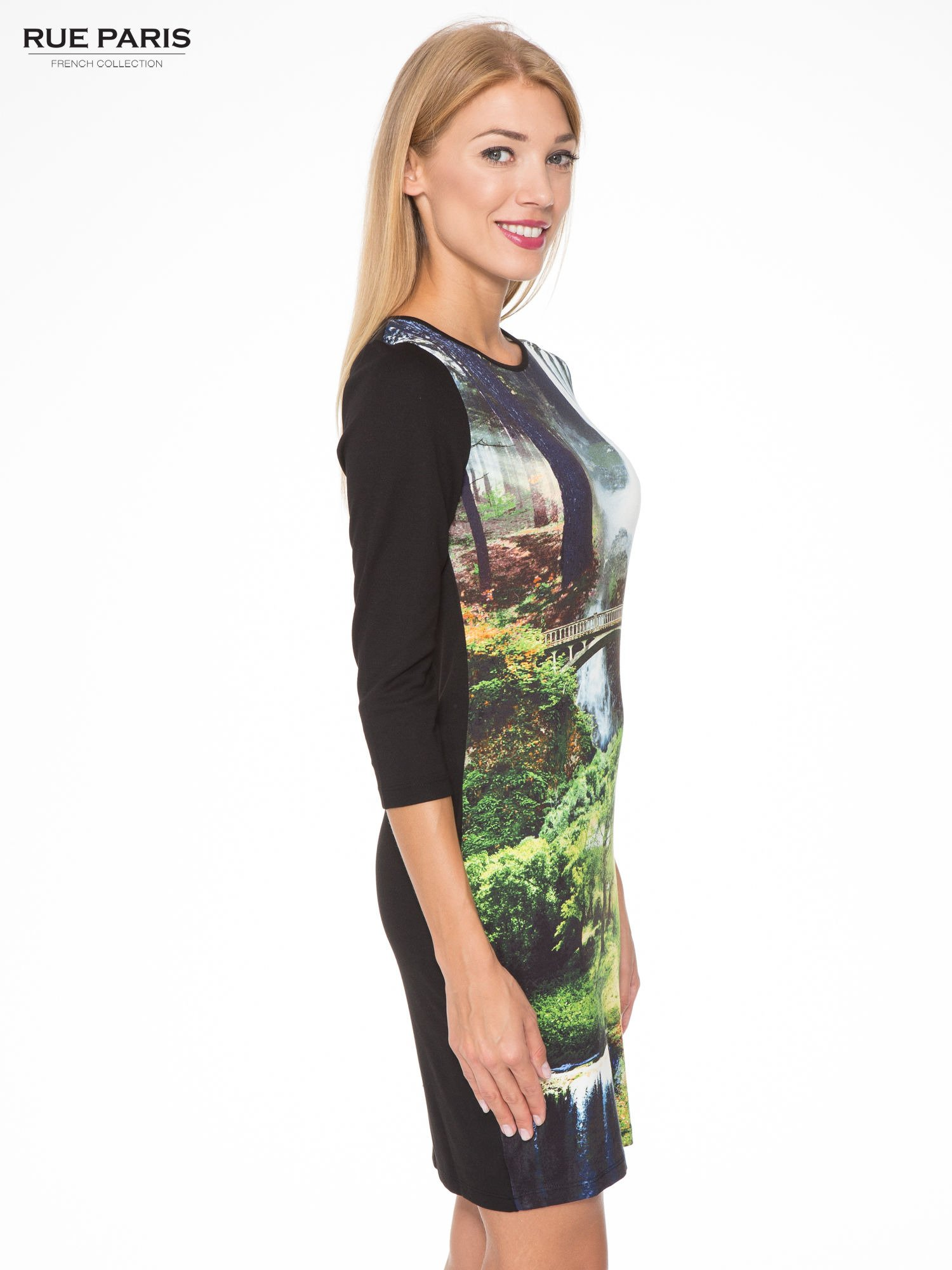 Czarna sukienka z fotograficznym nadrukiem krajobrazu                                  zdj.                                  3