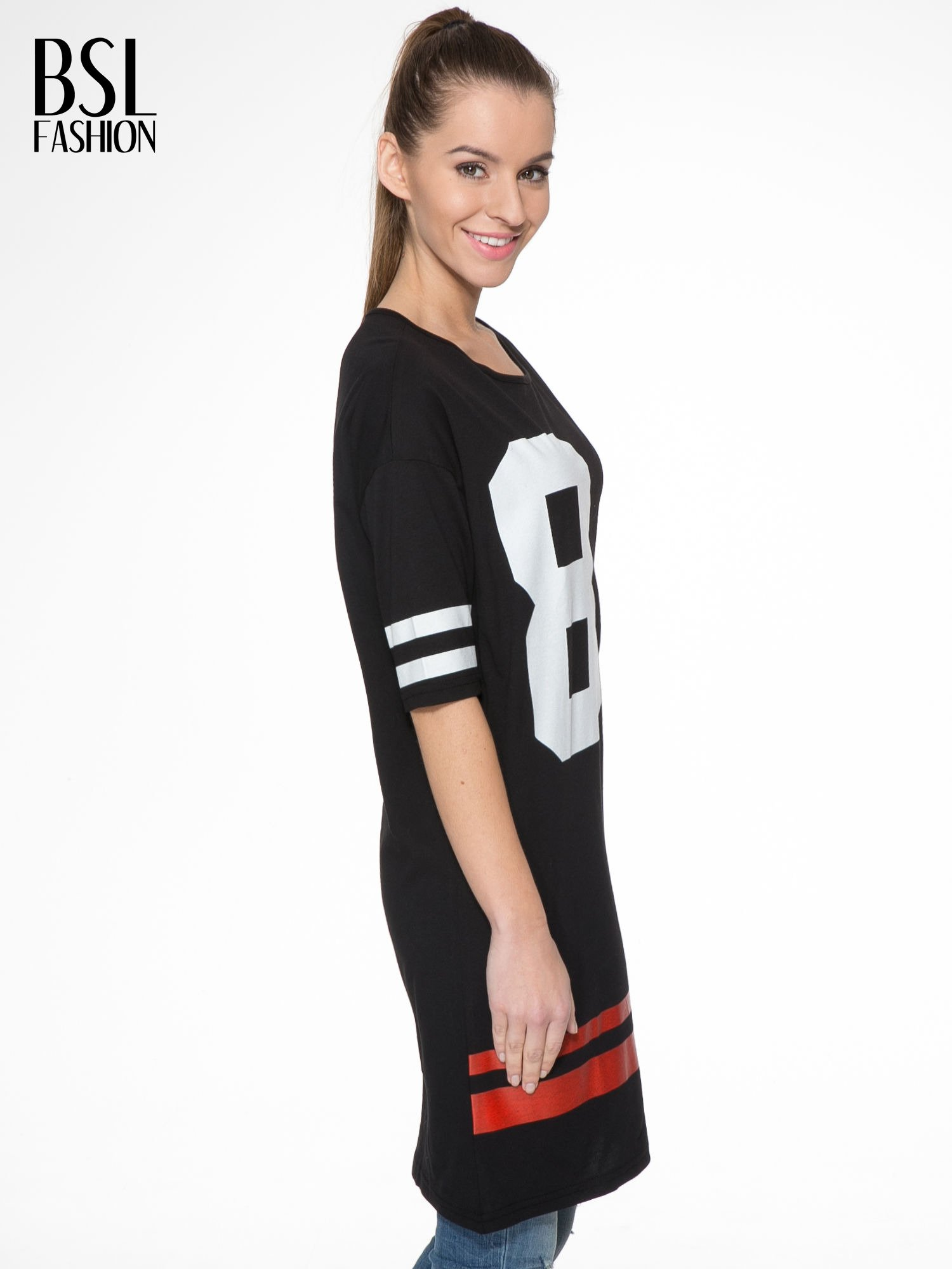 Czarna sukienka z numerem w stylu baseball dress                                  zdj.                                  3