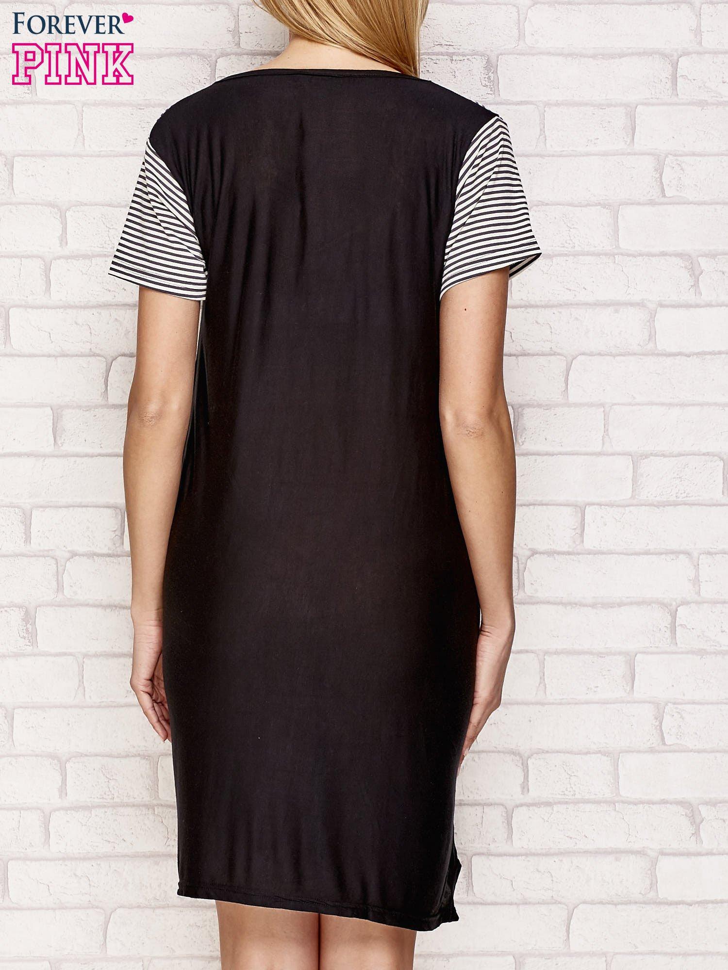 Czarna sukienka z wstawkami w paski                                  zdj.                                  2