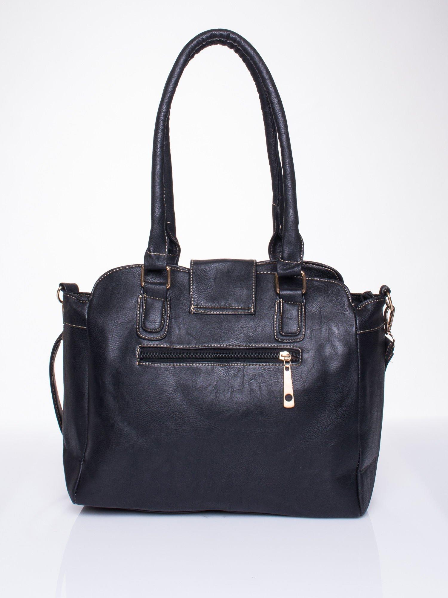 Czarna torba miejska z klapką                                  zdj.                                  2