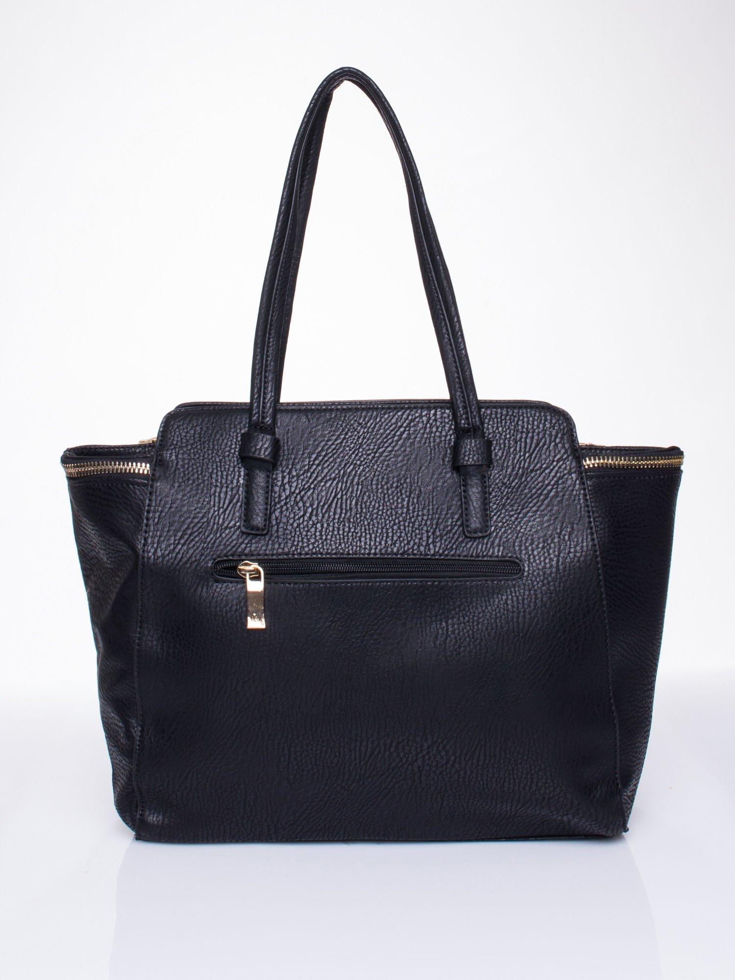 Czarna torba na ramię z dekoracyjnym suwakiem                                  zdj.                                  2