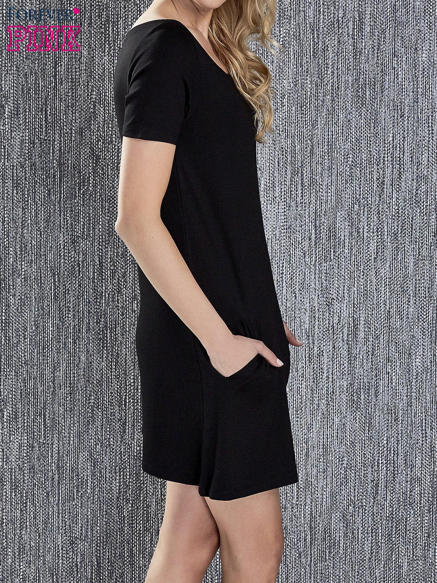 Czarna trapezowa sukienka z kieszeniami                                  zdj.                                  3