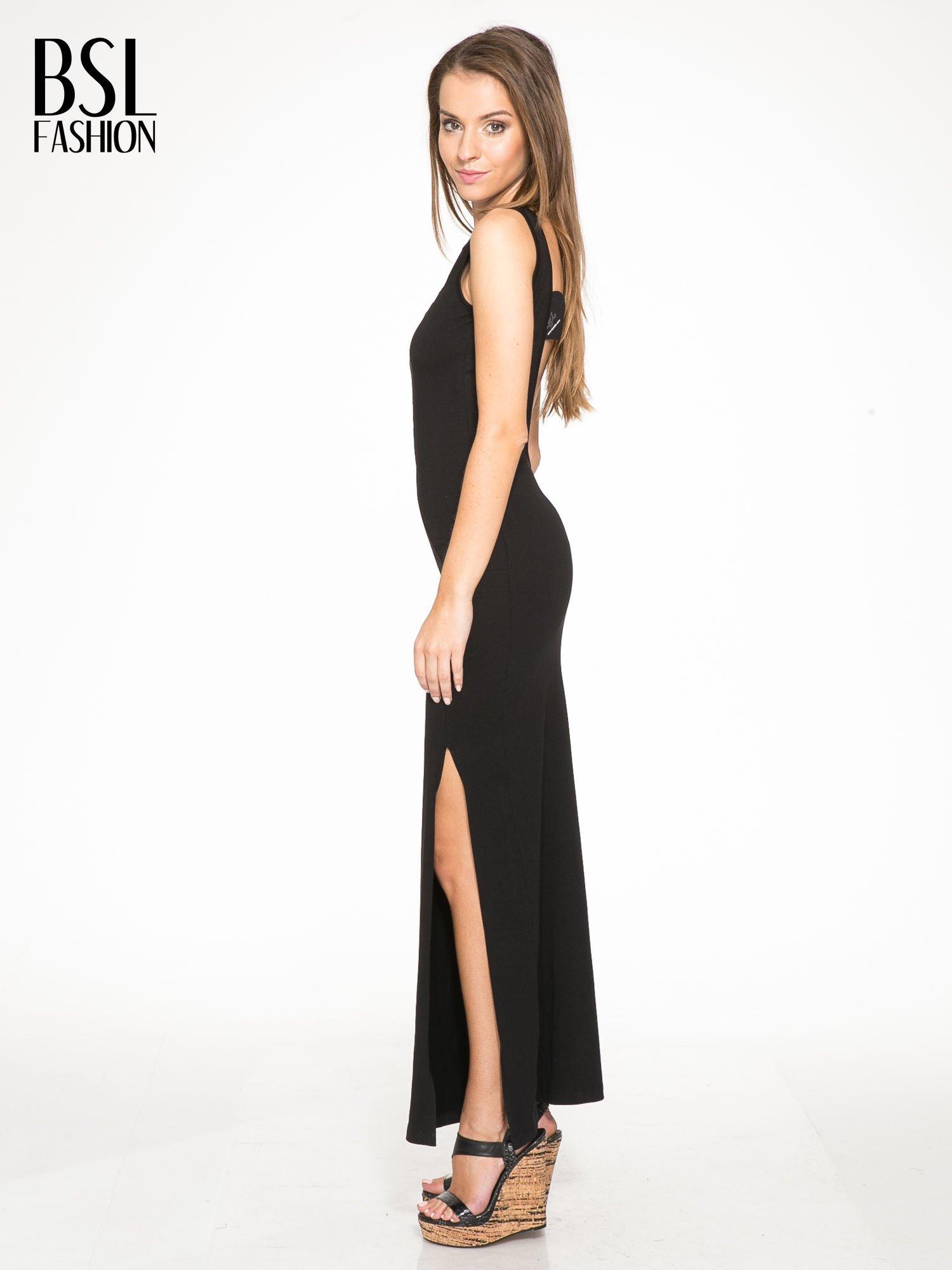 Czarna wieczorowa sukienka maxi z transparentną wstawką i dekoltem a plecach                                  zdj.                                  2