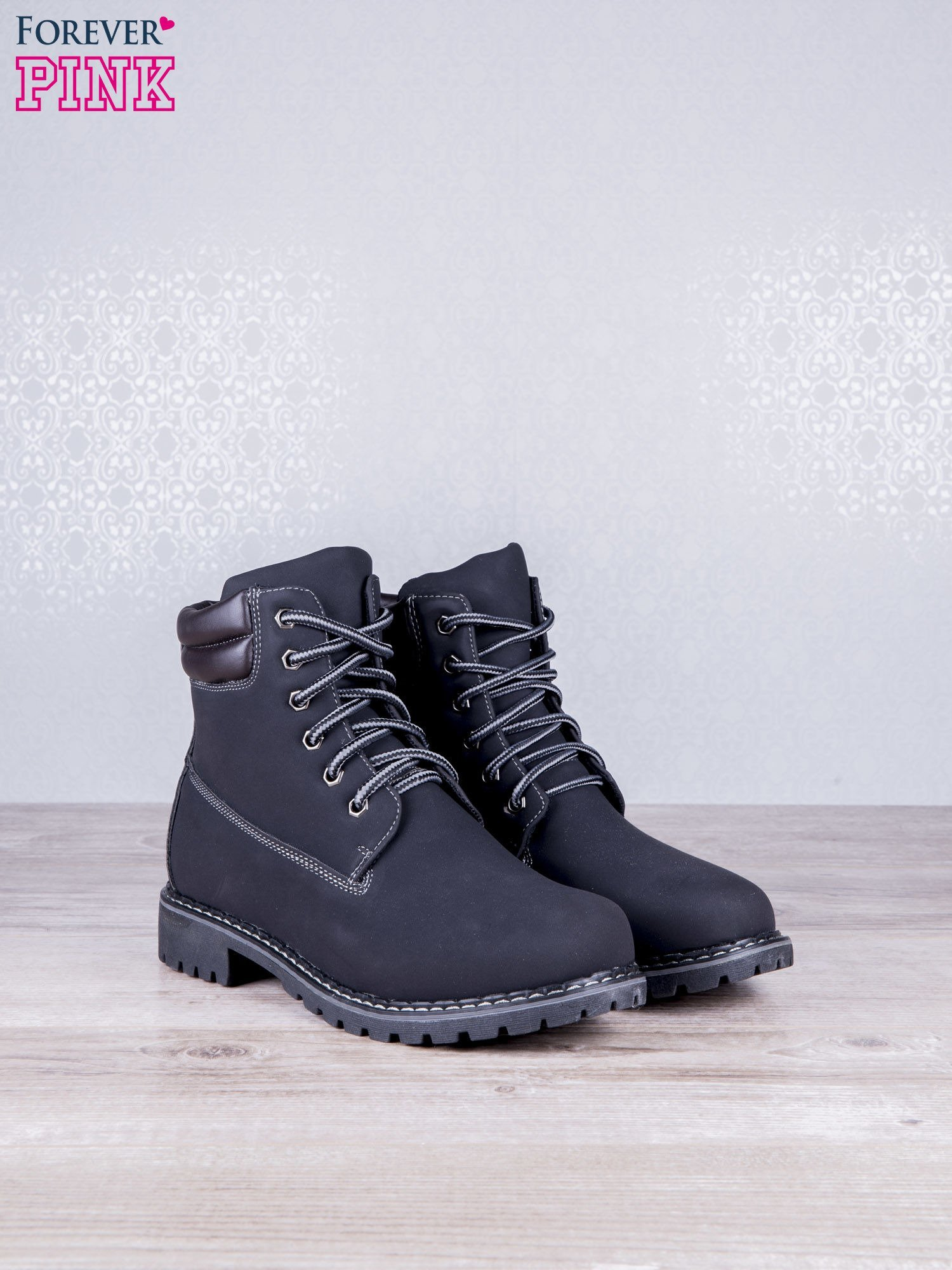 Czarne jednolite buty trekkingowe Toy damskie traperki ocieplane                                  zdj.                                  2