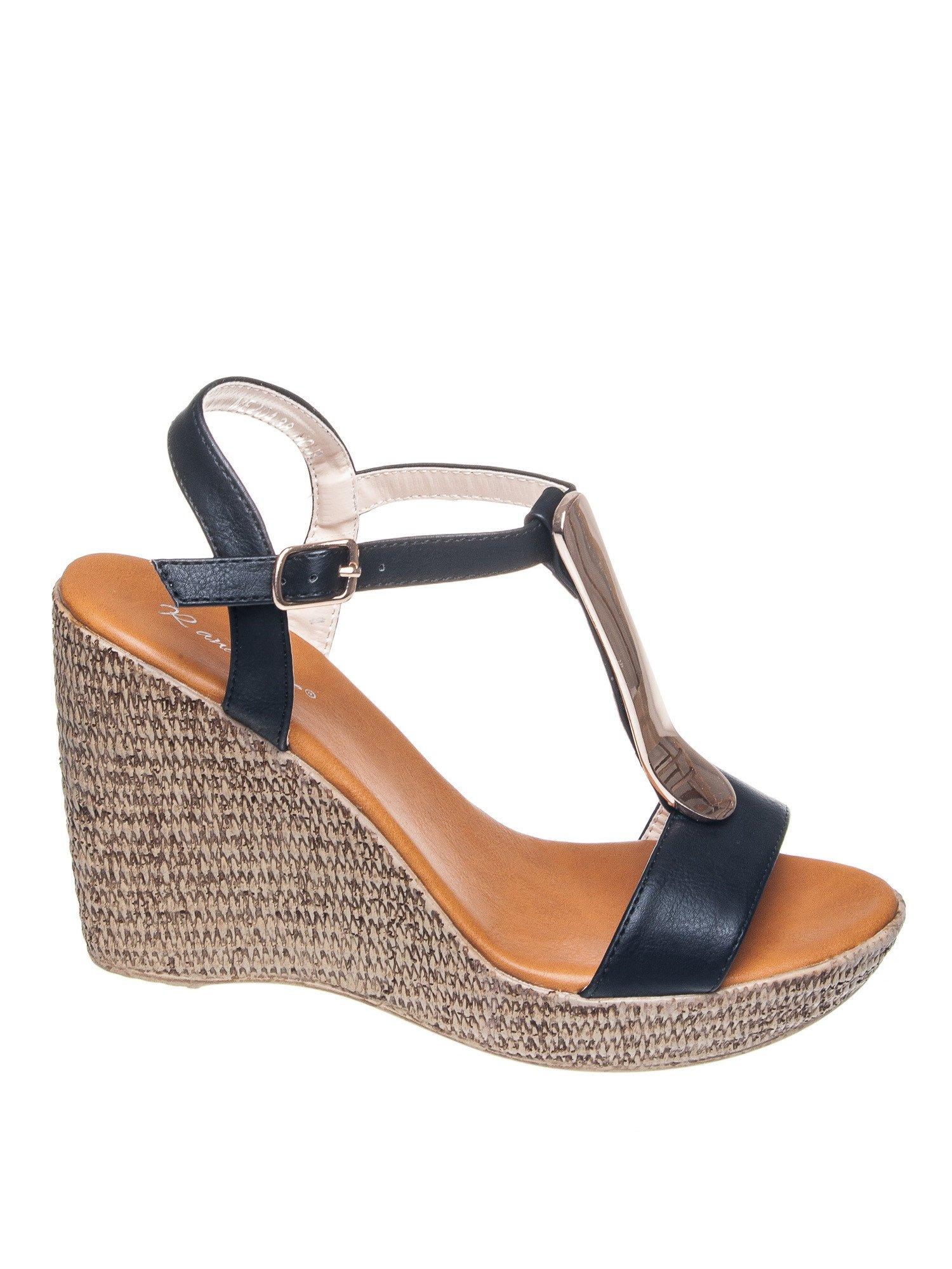 Czarne letnie sandały t-bary na koturnie                                  zdj.                                  1