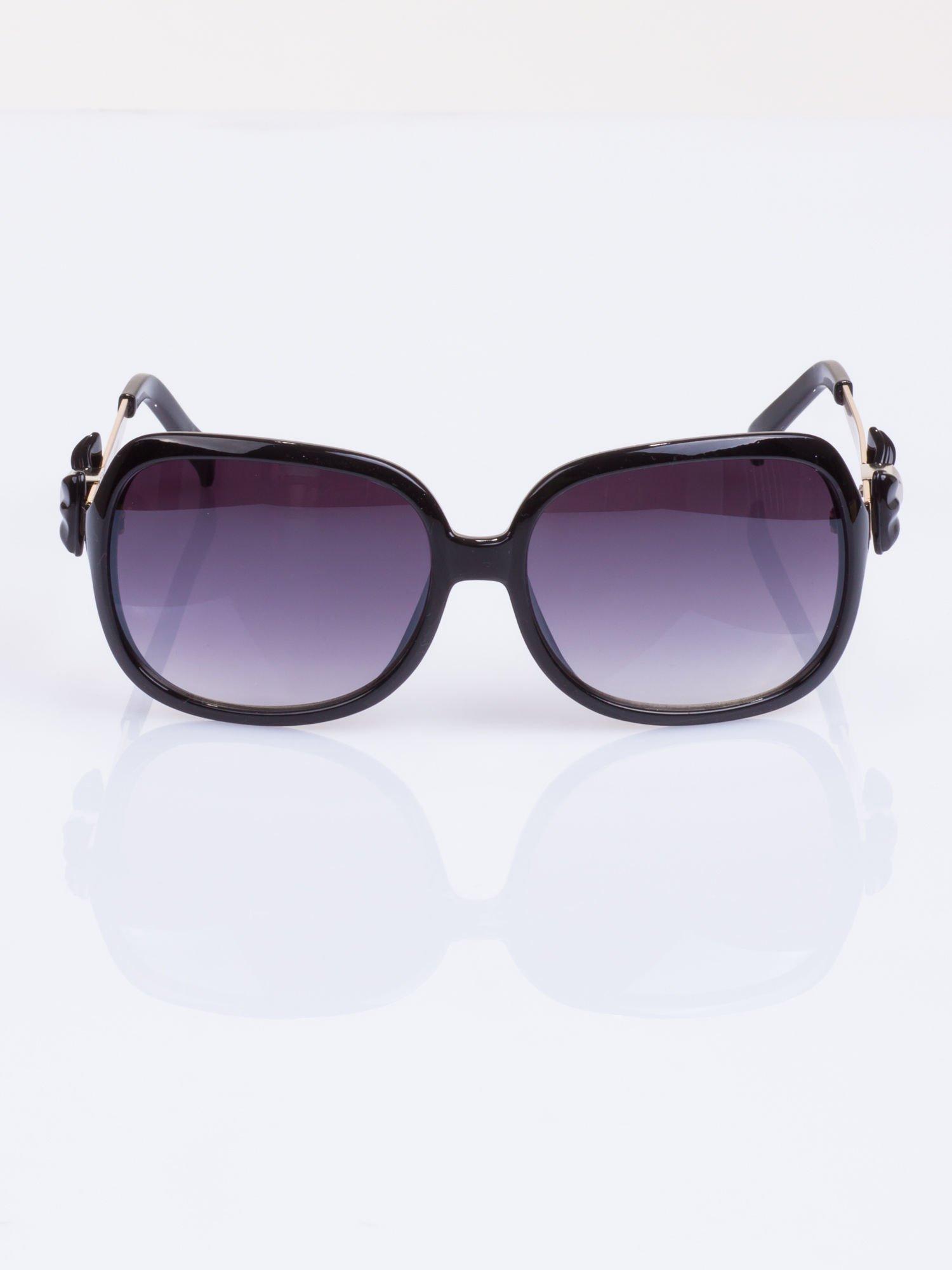 Czarne okulary klasyczne MUCHY z piękną kokardą na zauszniku                                   zdj.                                  2