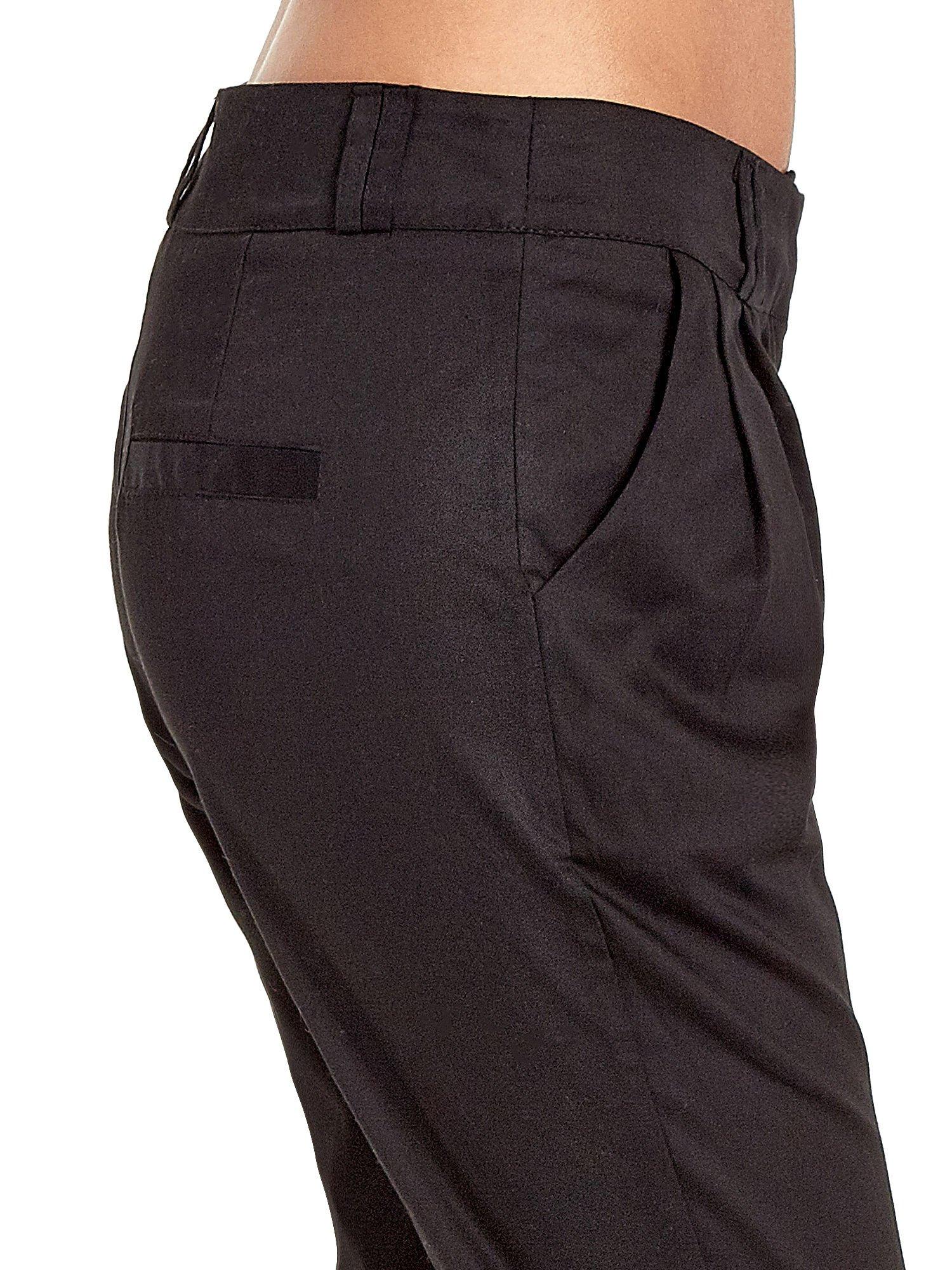 Czarne spodnie cygaretki z zakładkami                                  zdj.                                  6