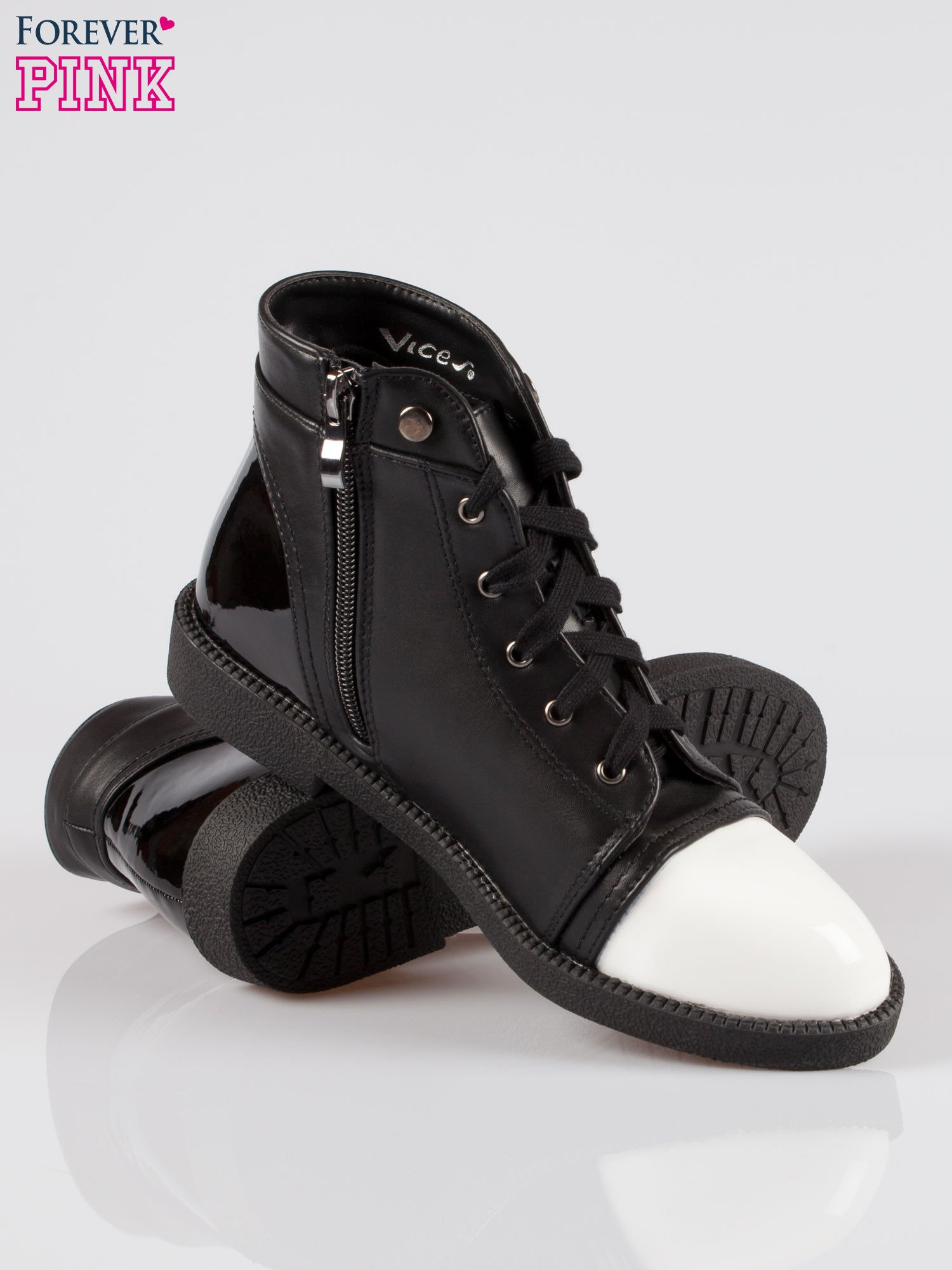 Czarne sznurowane botki damskie white cap toe                                  zdj.                                  4