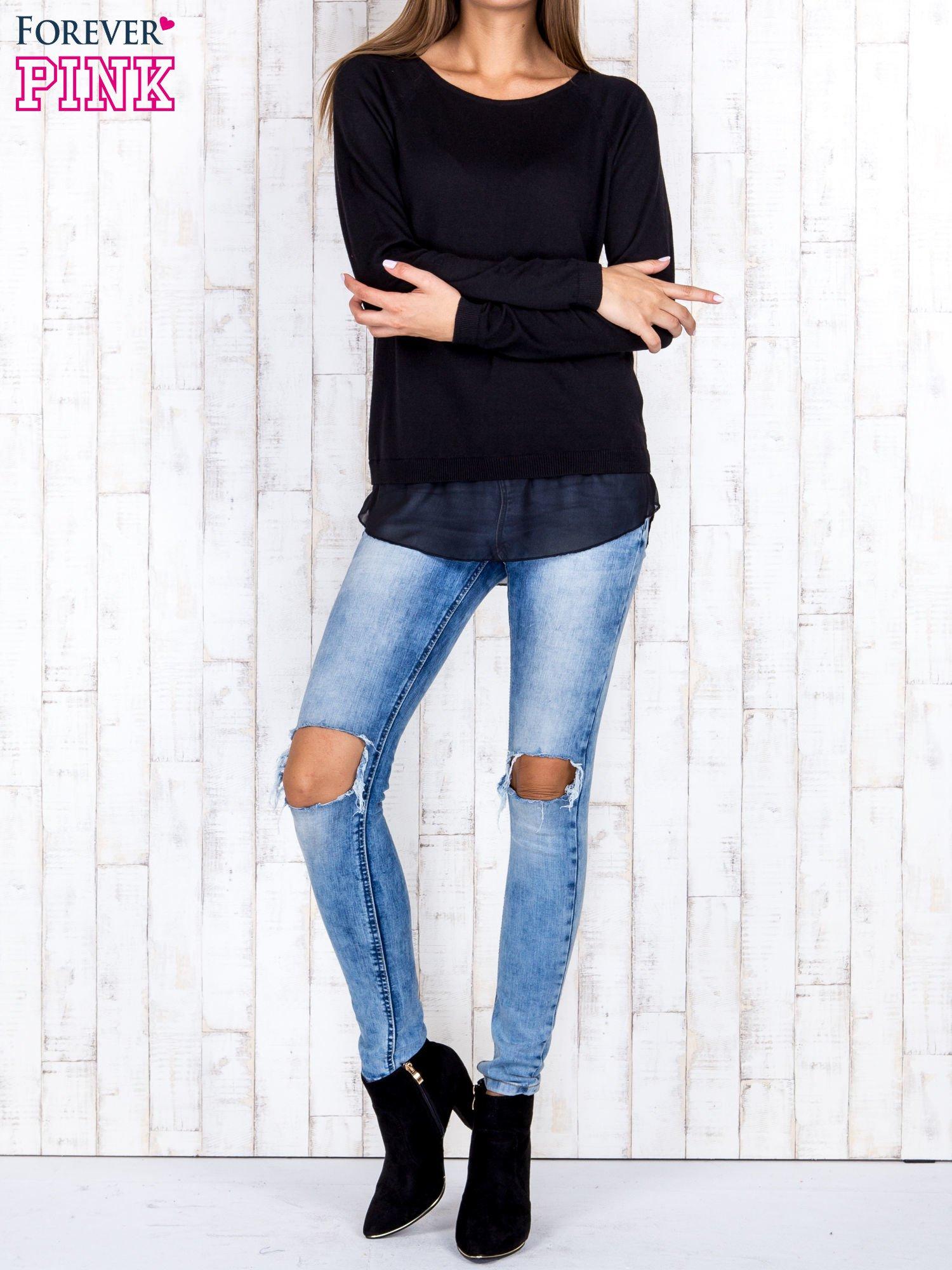 Czarny luźny sweter z siateczką i wycięciem z tyłu                                  zdj.                                  2