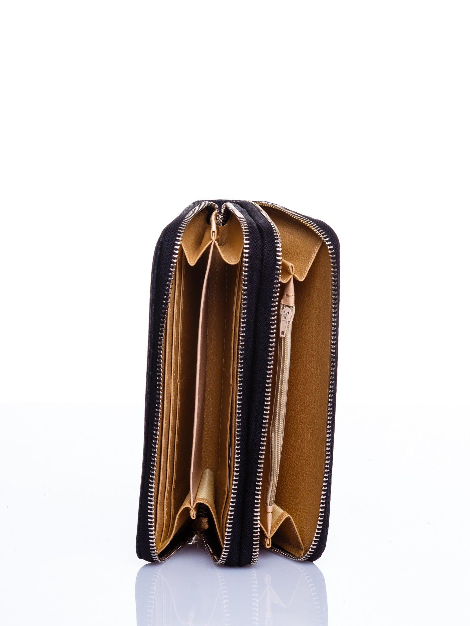 Czarny matowy portfel z rączką                                  zdj.                                  3