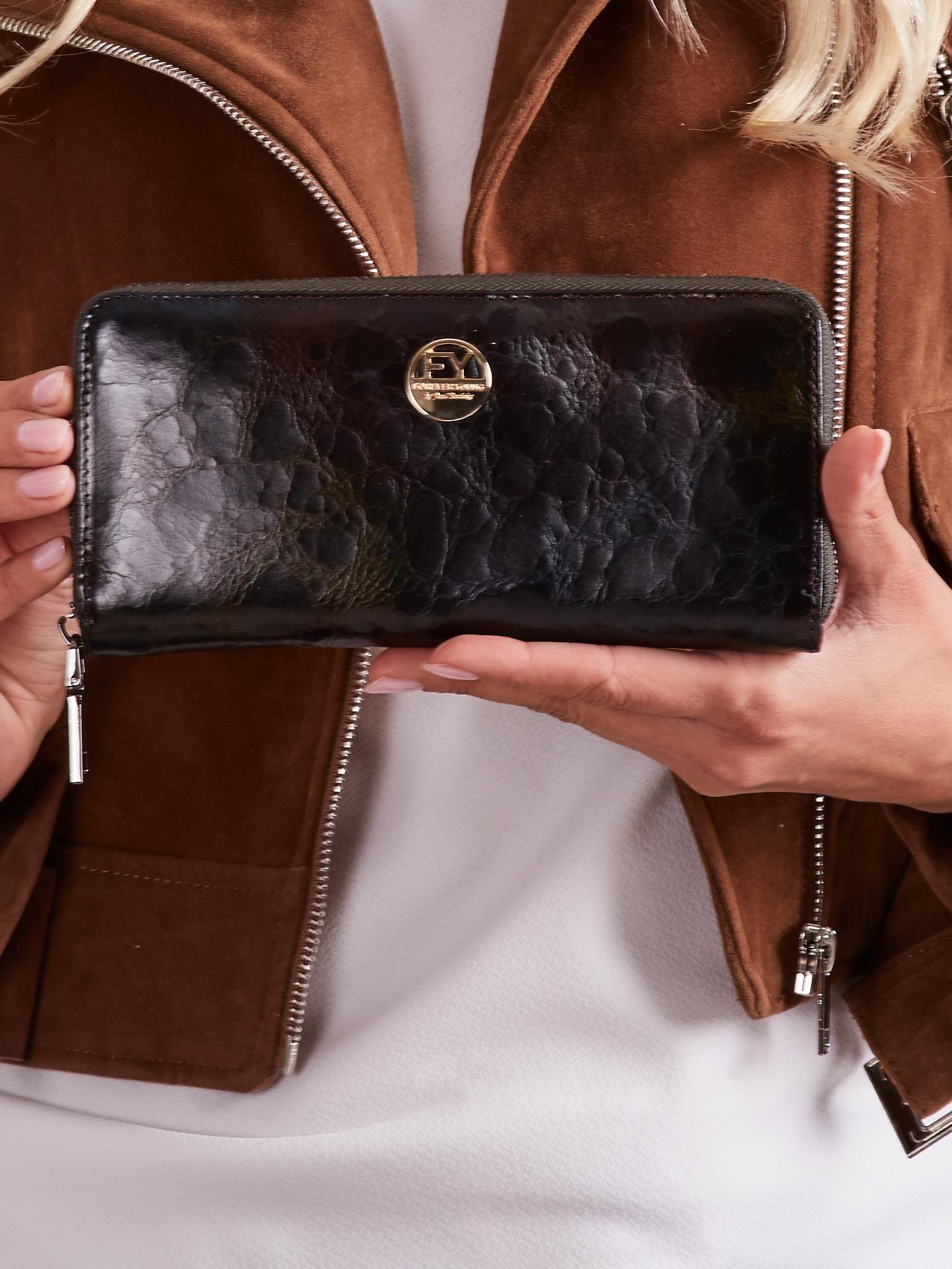 3e1d21eb8c0d9 Czarny skórzany portfel damski na suwak - Akcesoria portfele - sklep ...