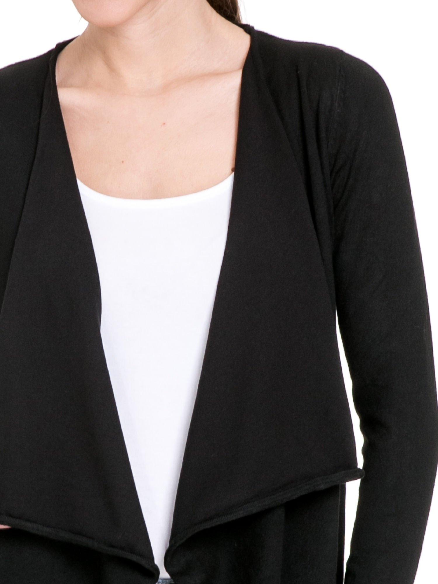 Czarny sweter narzutka o kroju waterfall                                  zdj.                                  5