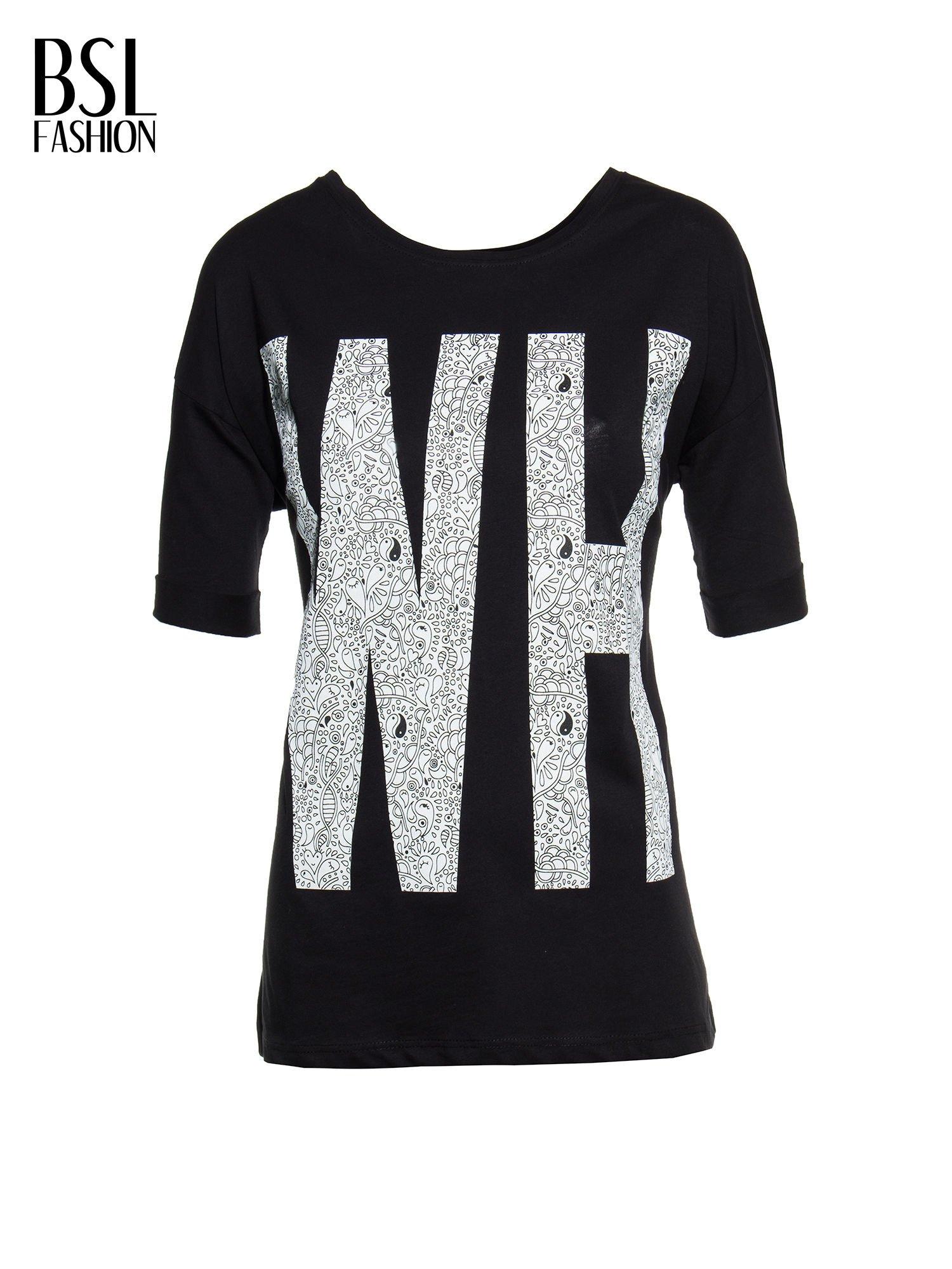 Czarny t-shirt z nadukiem WHY? z przodu i na plecach                                  zdj.                                  2