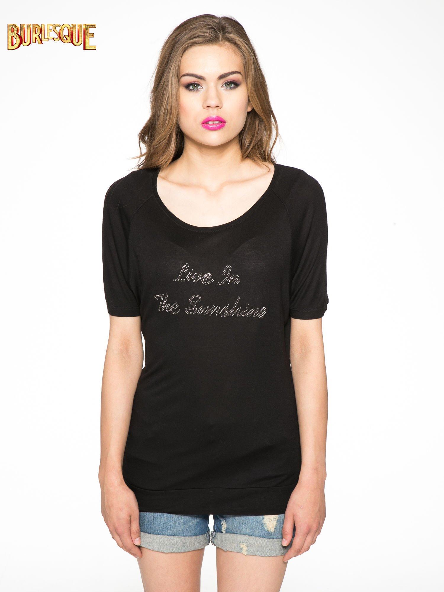 Czarny t-shirt z napisem LIVE IN THE SUNSHINE z dżetów                                  zdj.                                  11