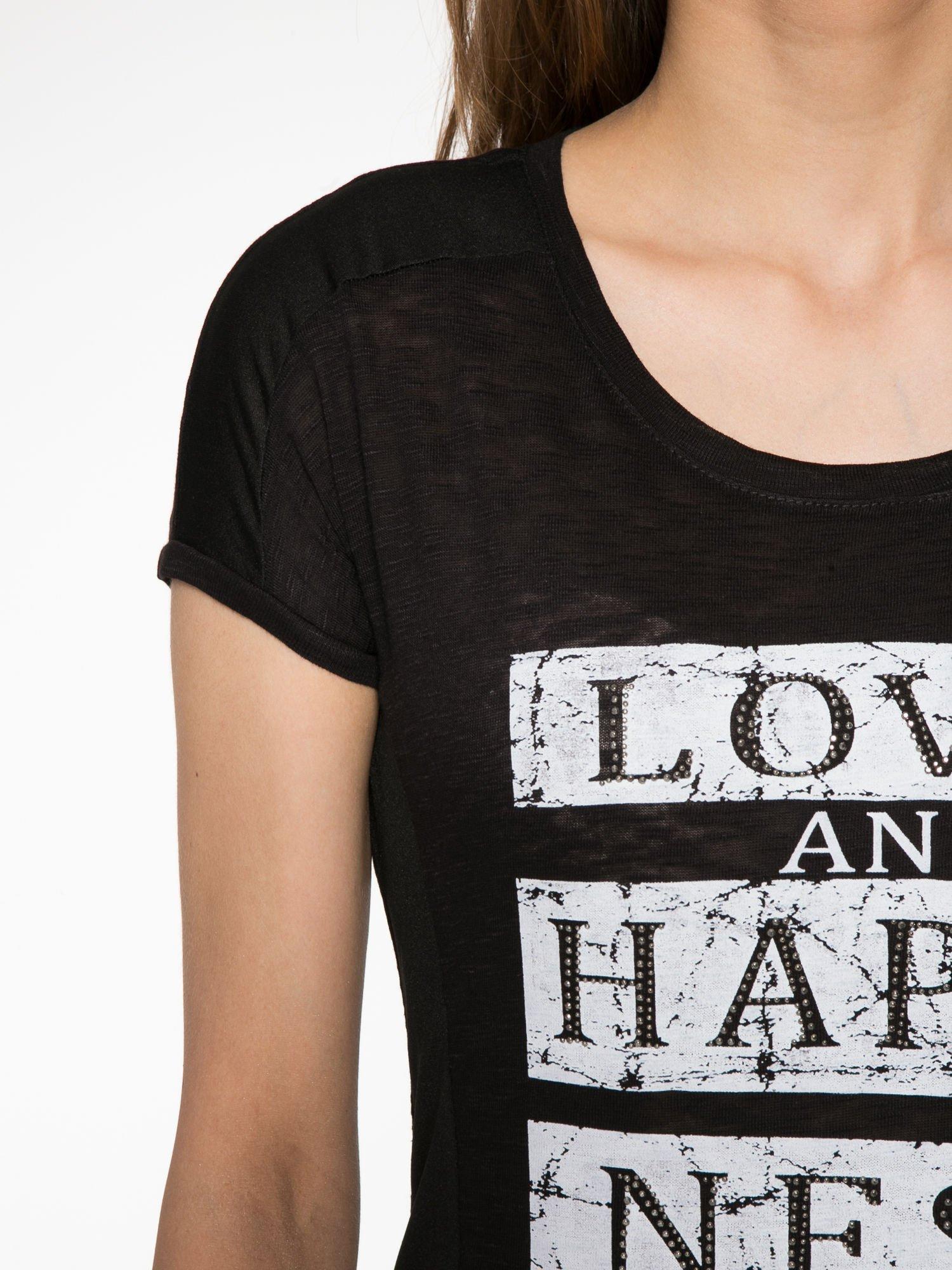 Czarny t-shirt z napisem LOVE AND HAPPINESS                                  zdj.                                  5