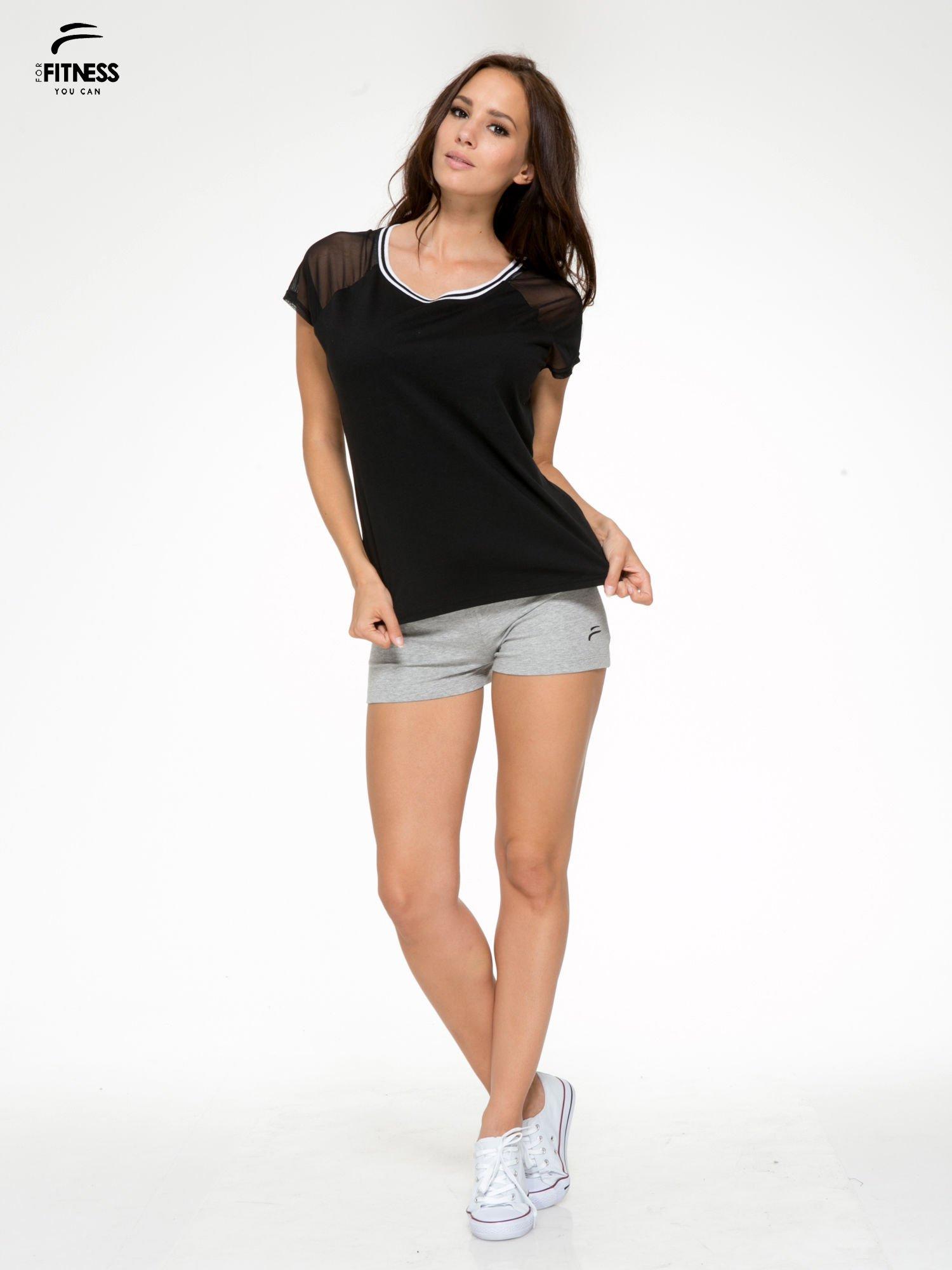 Czarny t-shirt z transparentnymi rękawami                                  zdj.                                  5