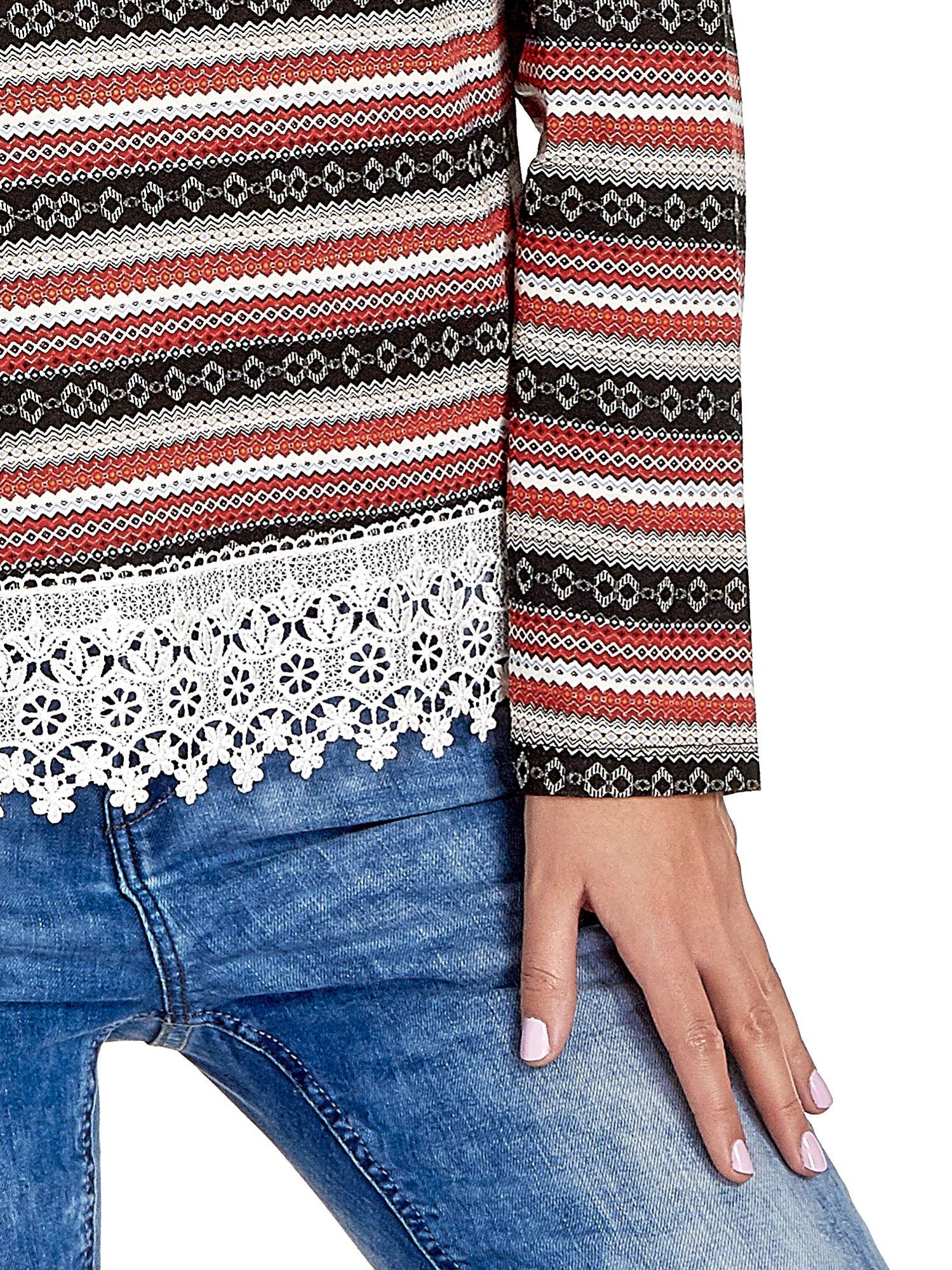 Czerwona bluza w azteckie wzory z koronką                                  zdj.                                  5