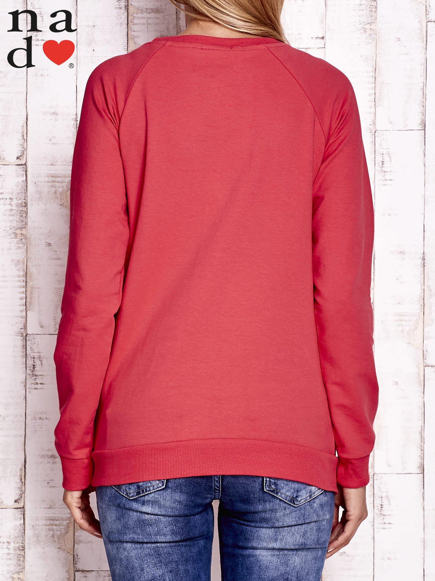 Czerwona bluza z godłem                                  zdj.                                  3