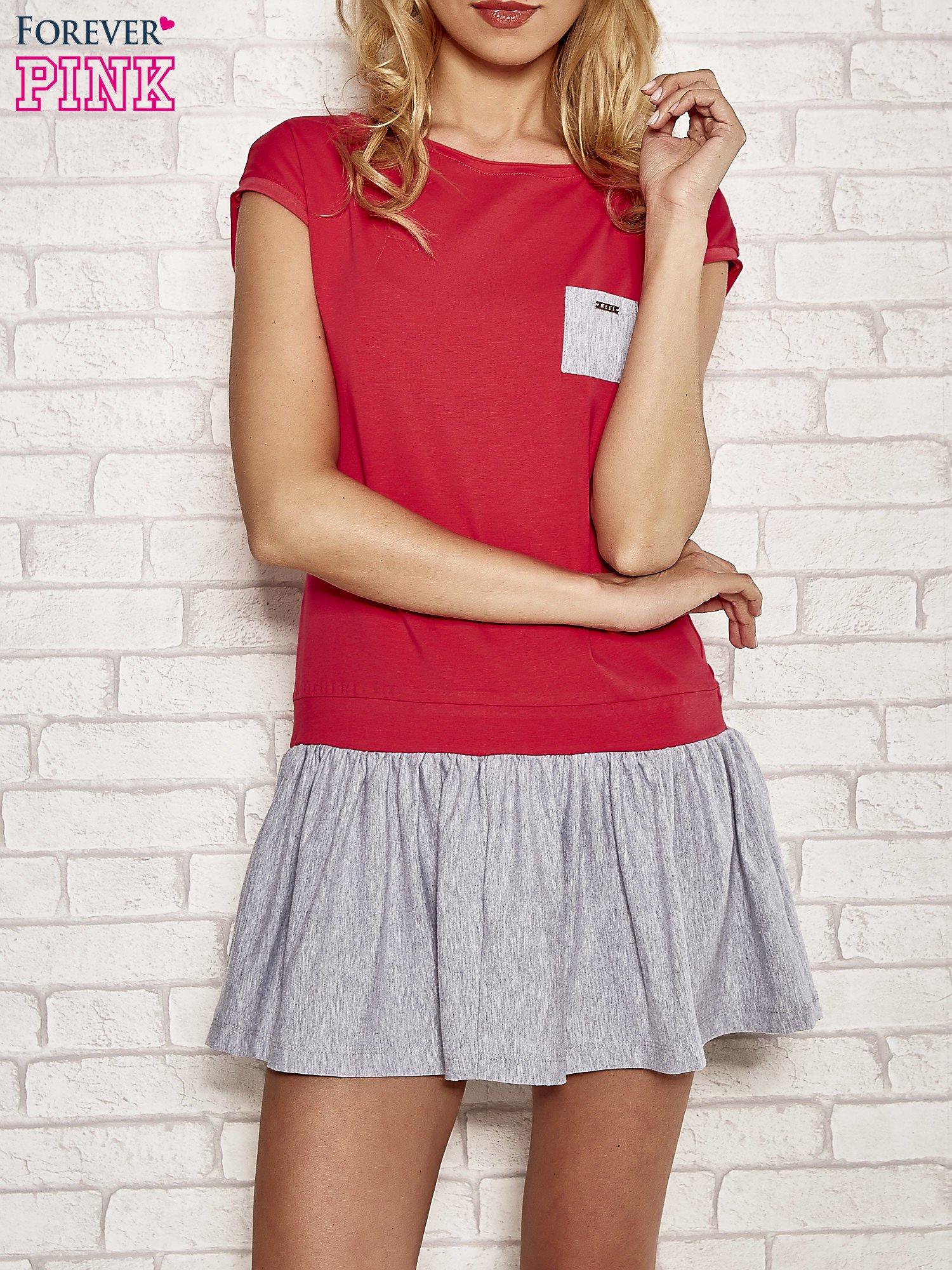Czerwona dresowa sukienka tenisowa z kieszonką                                  zdj.                                  1
