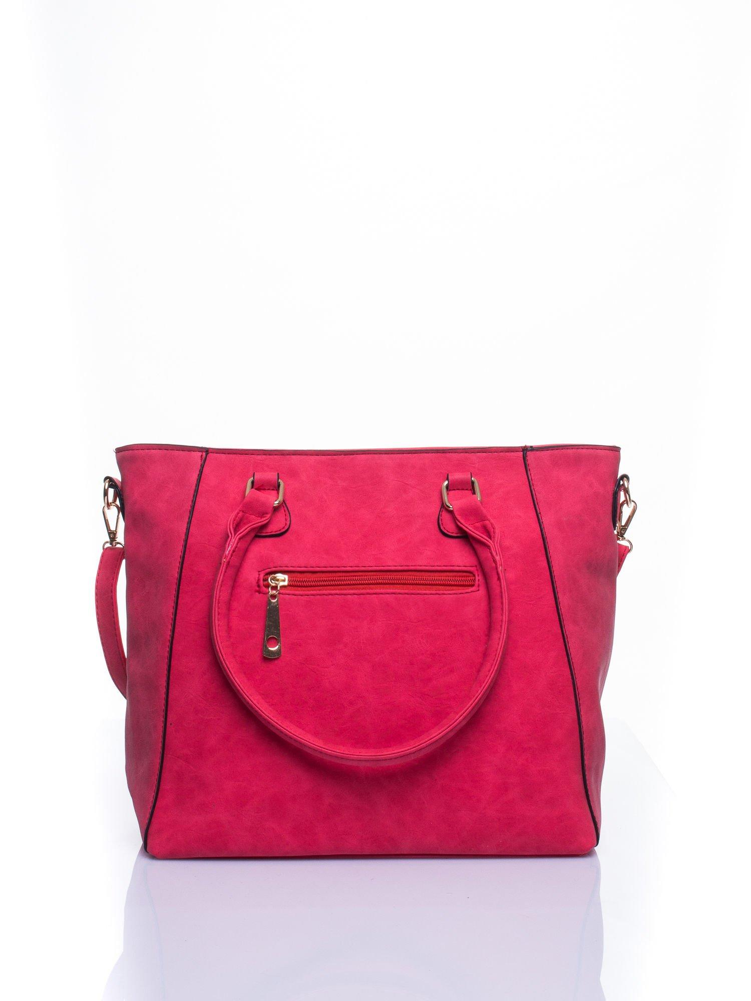 Czerwona fakturowana torba z odpinanym paskiem                                  zdj.                                  2