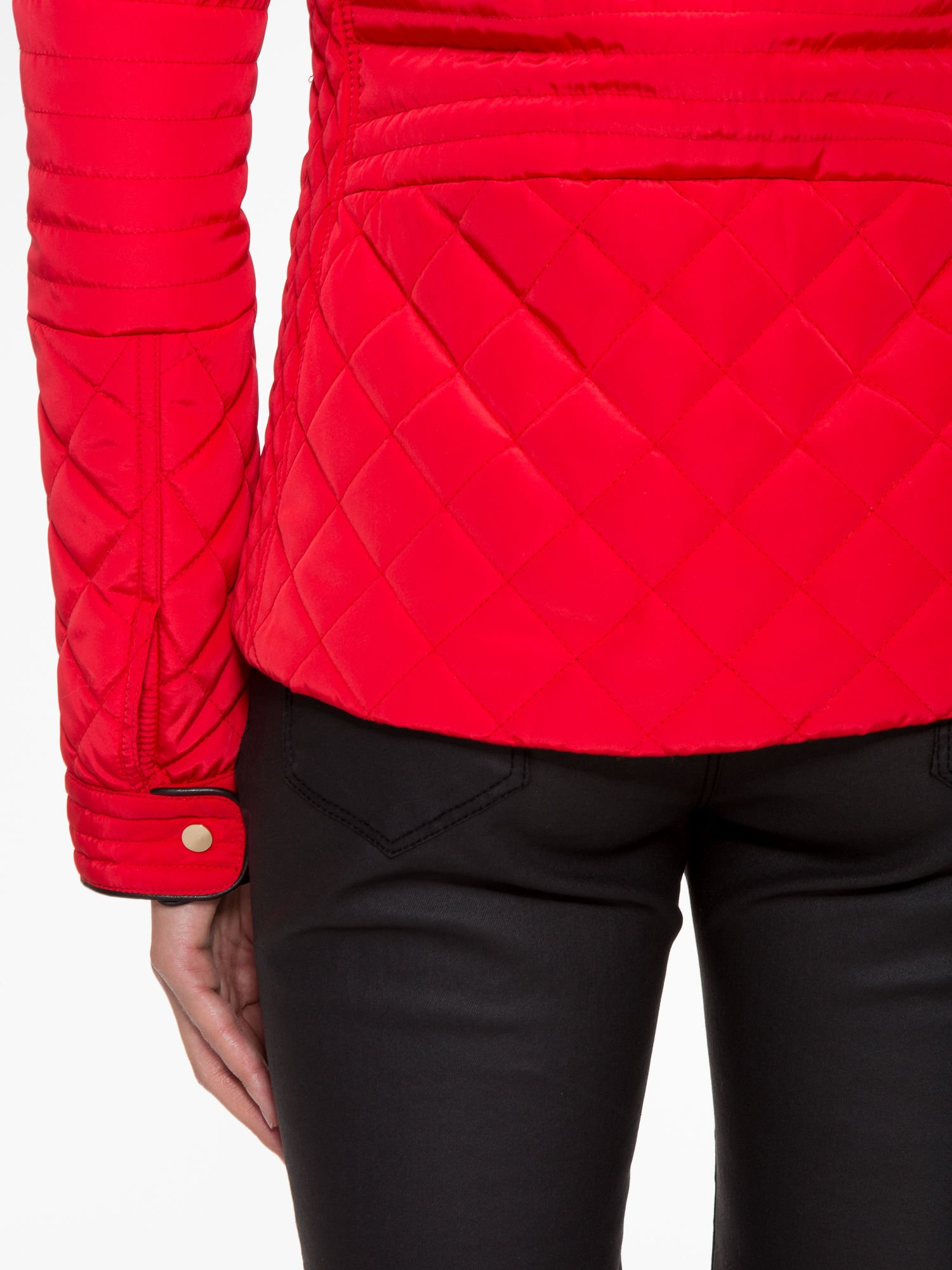 Czerwona pikowana kurtka ze skórzaną lamówką                                  zdj.                                  11