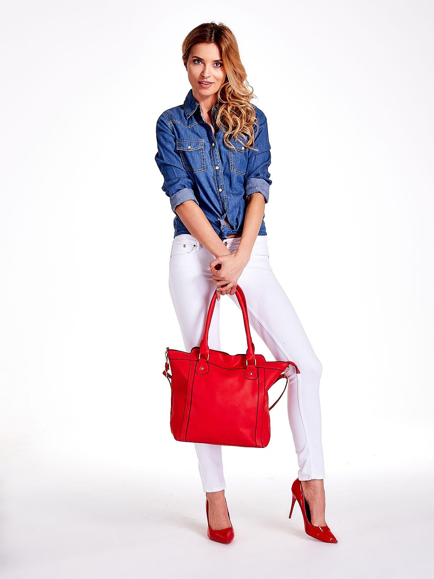 Czerwona torba miejska z odpinanym paskiem                                  zdj.                                  2