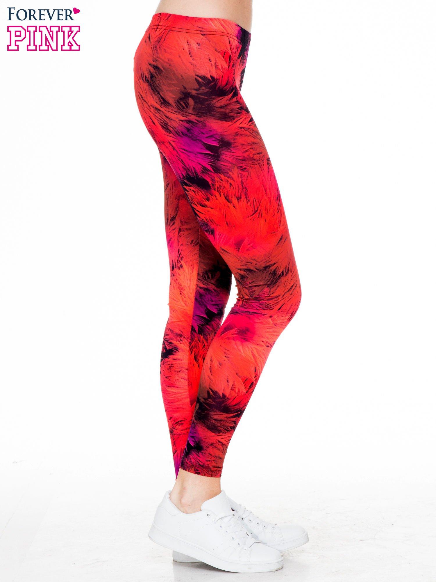 Czerwone legginsy w floral print                                  zdj.                                  3