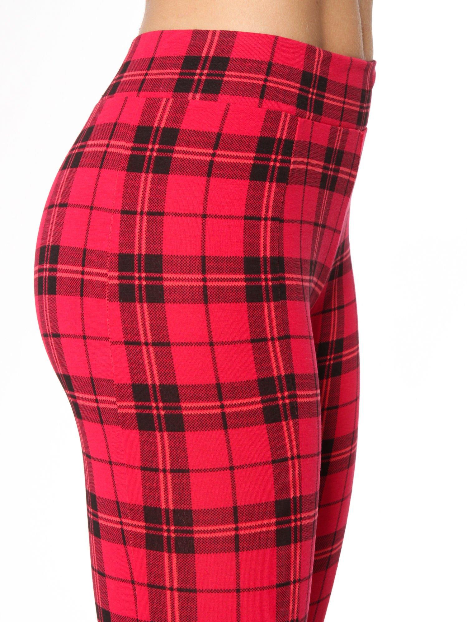 Czerwone legginsy w kratę                                  zdj.                                  7