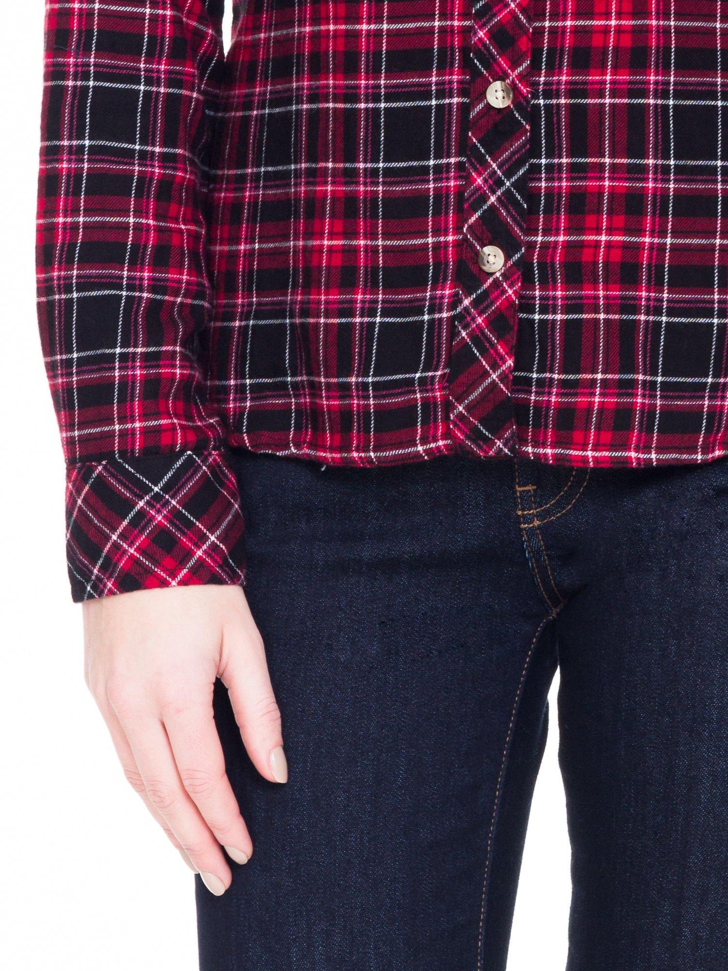 Czerwono-czarna koszula w kratę z kieszonkami                                  zdj.                                  7
