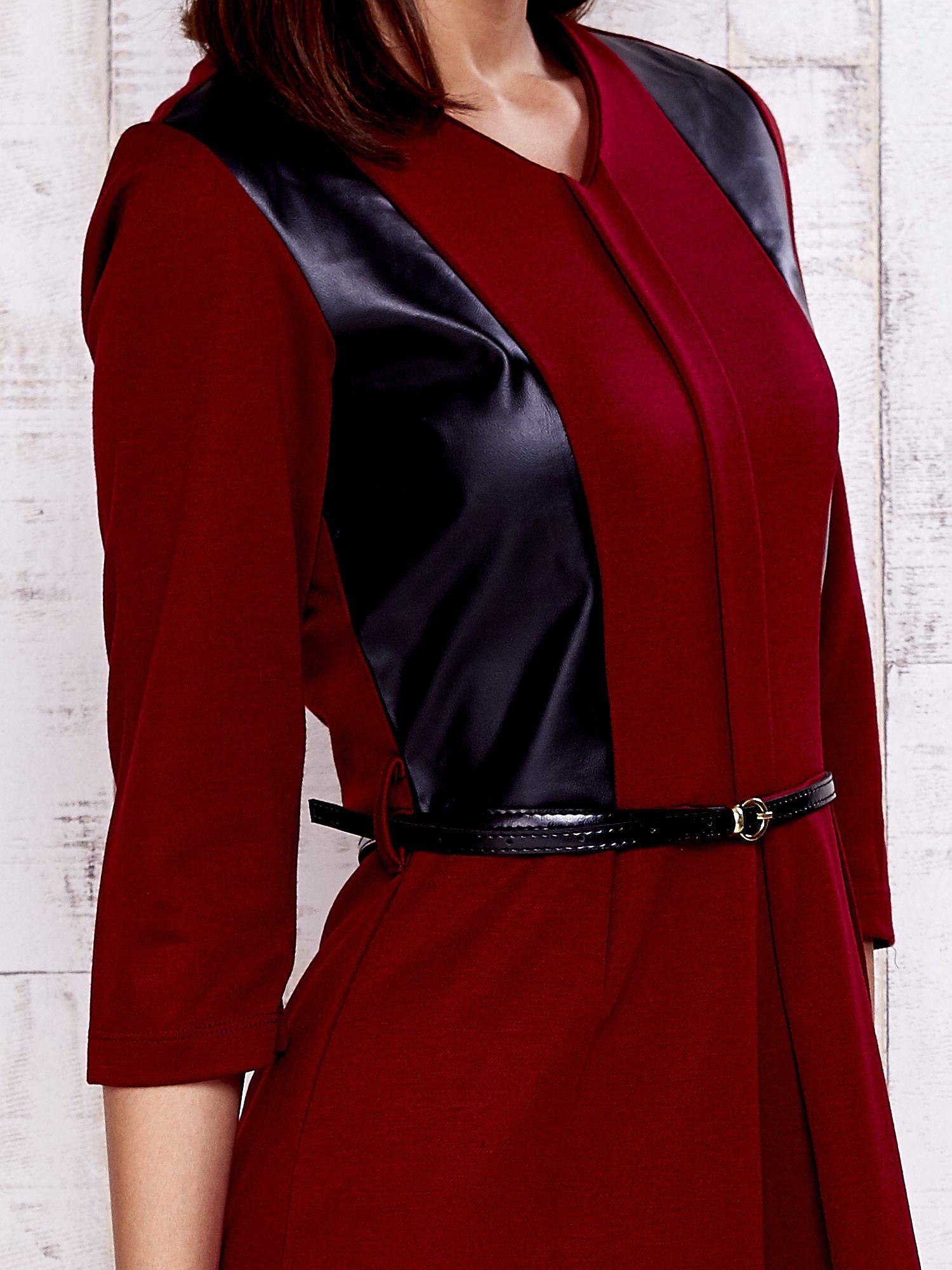Czerwono-czarna sukienka ze skórzanymi wstawkami                                  zdj.                                  5