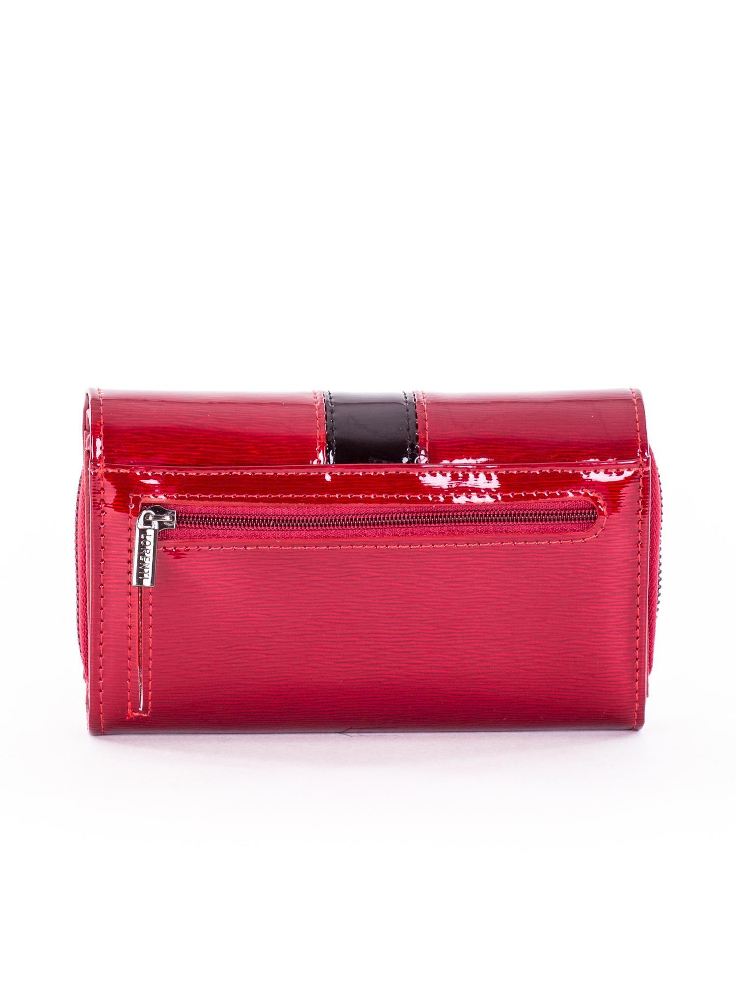 e28c4dc73c6d4 Czerwony lakierowany portfel damski z kryształkami - Akcesoria ...