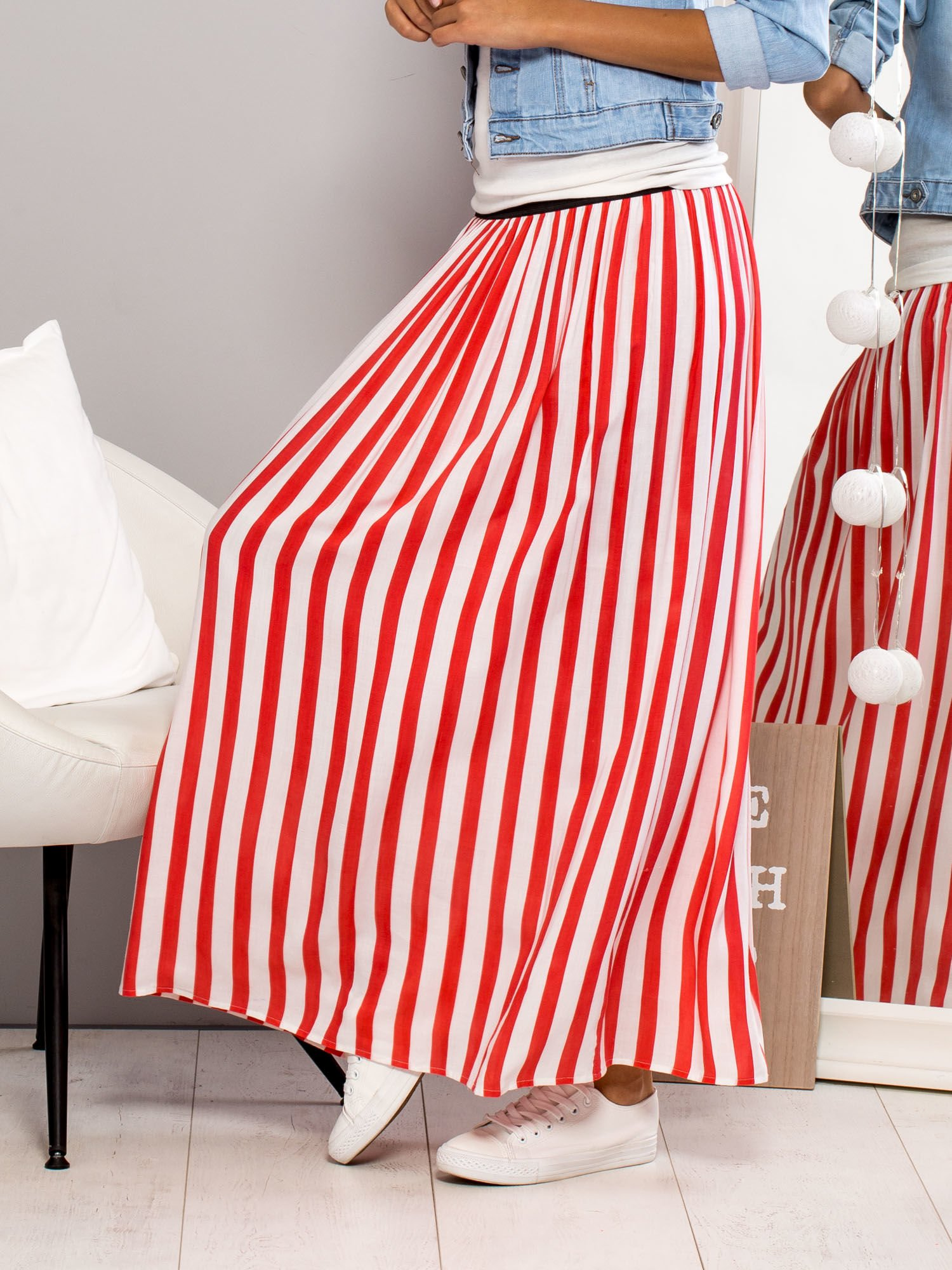 Długa spódnica maxi w biało-czerwone paski                                  zdj.                                  5