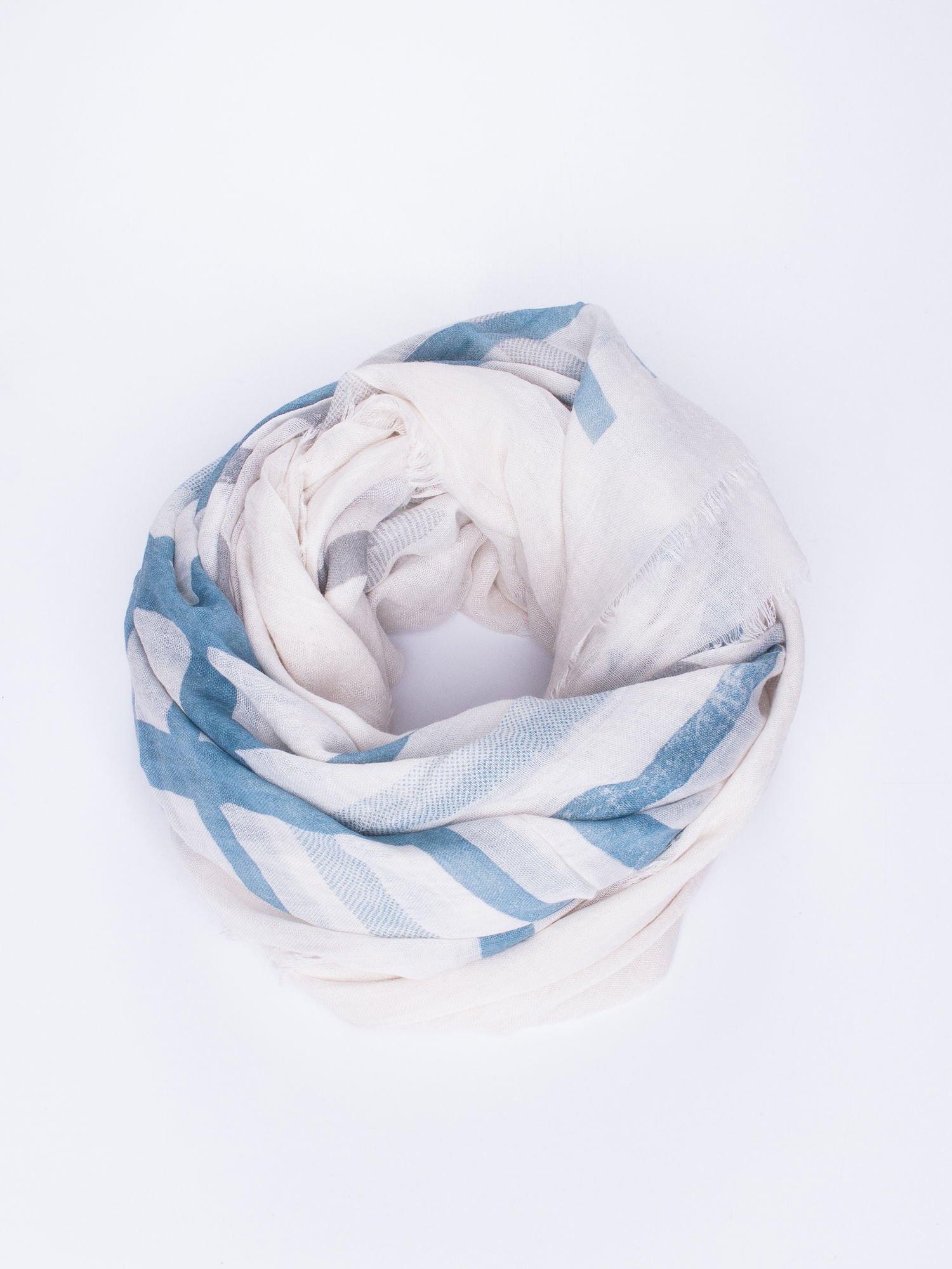 Ecru bawełniana chustka z frędzelkami                                  zdj.                                  1