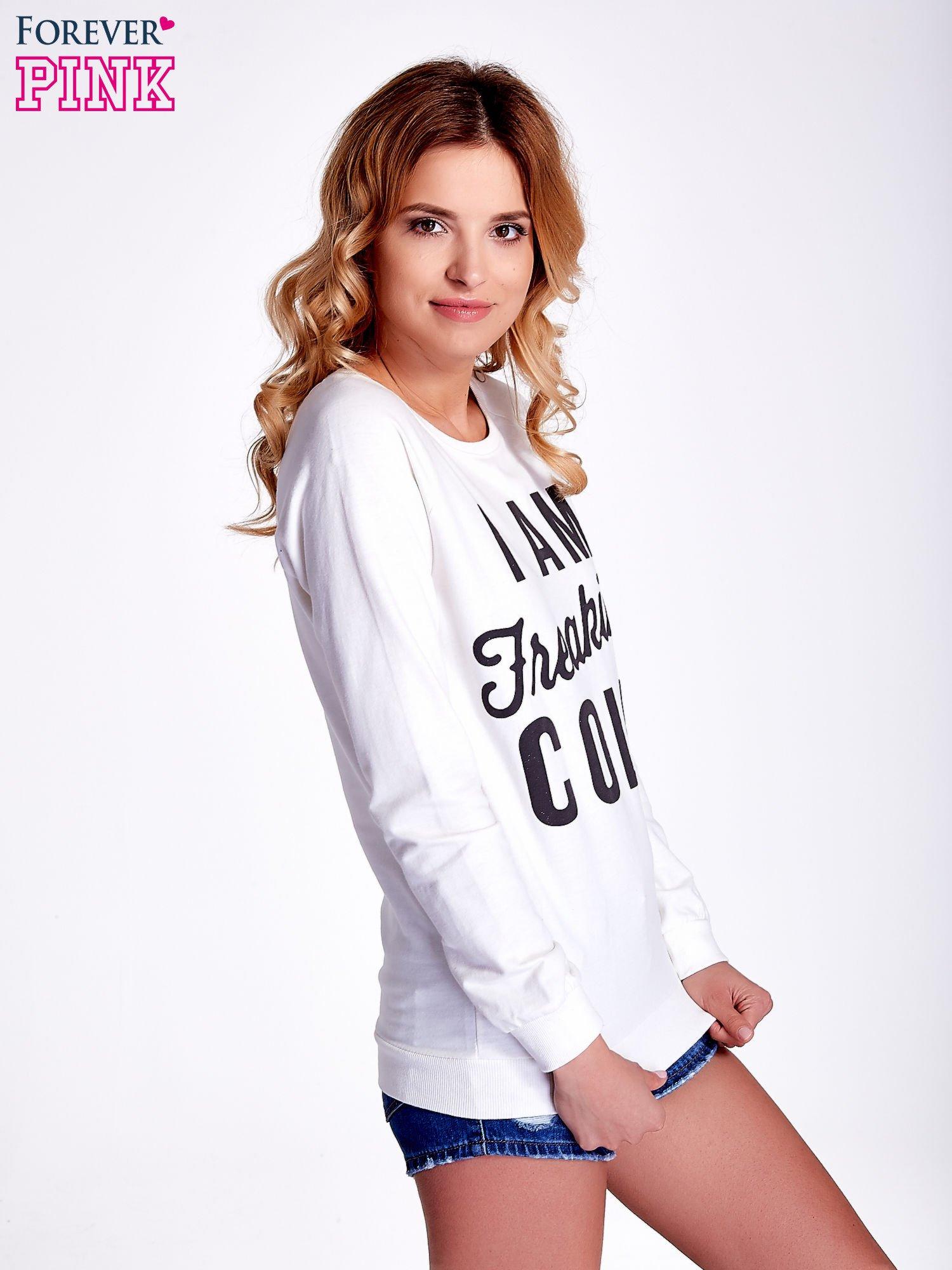 Ecru bluza z napisem I AM FREAKING COLD                                  zdj.                                  3