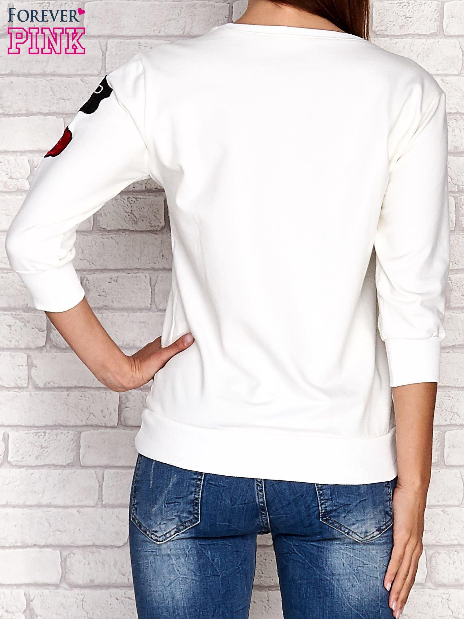 Ecru bluza z naszywkami na rękawie                                  zdj.                                  4